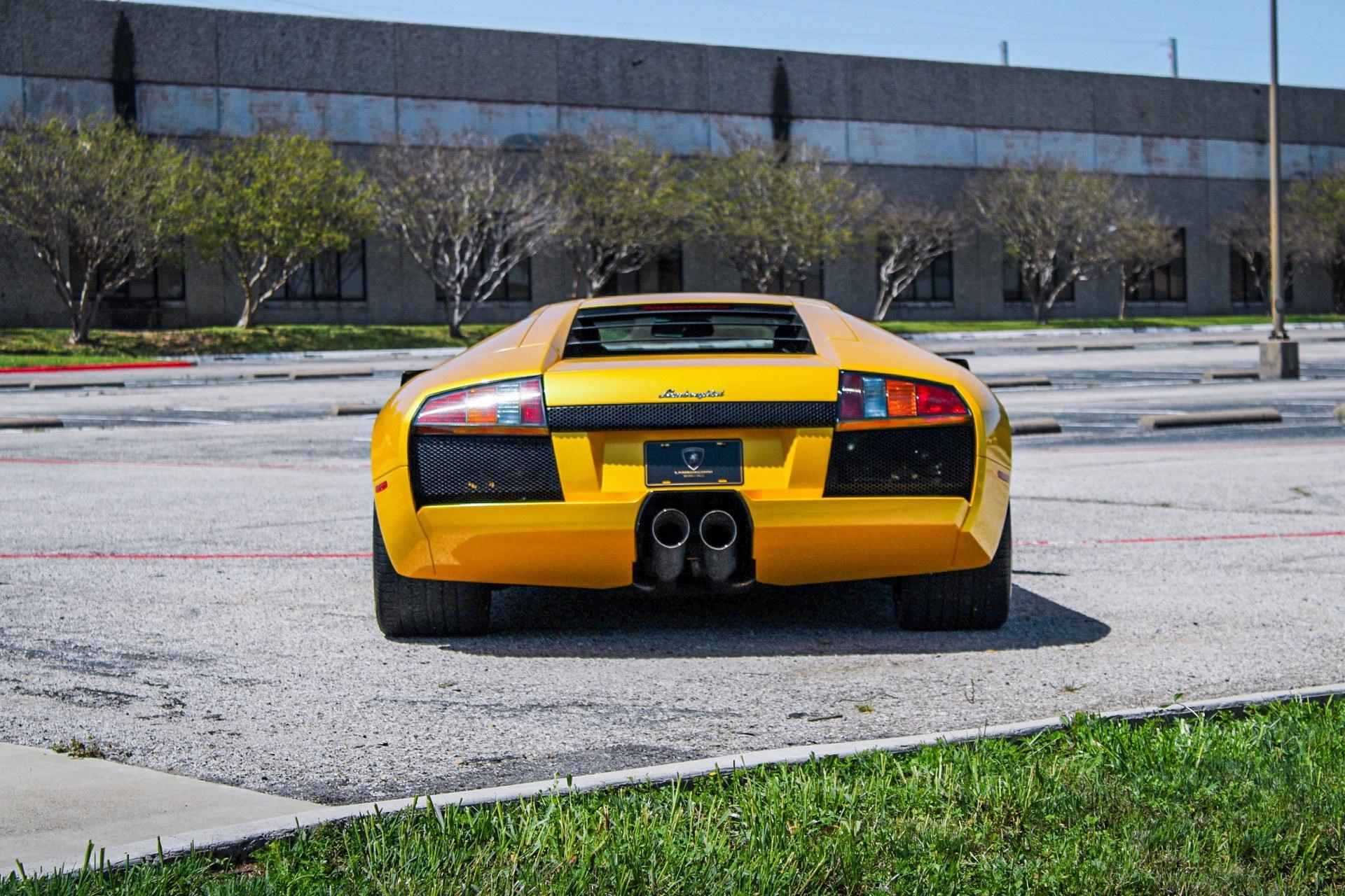 2003_Lamborghini_Murcielago_manual_0019