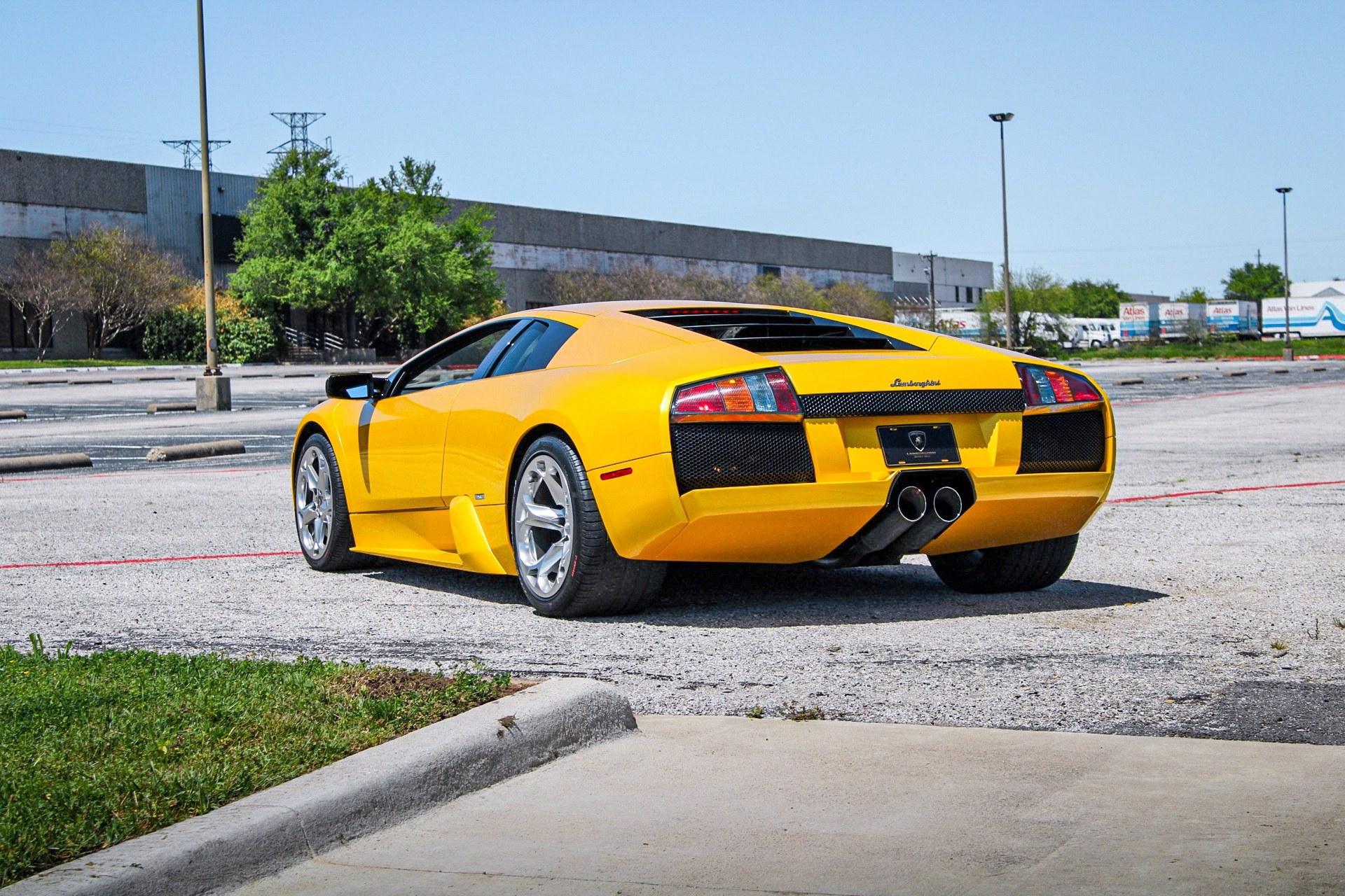 2003_Lamborghini_Murcielago_manual_0020