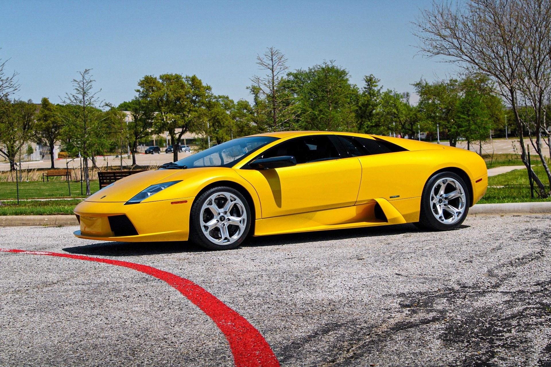 2003_Lamborghini_Murcielago_manual_0021