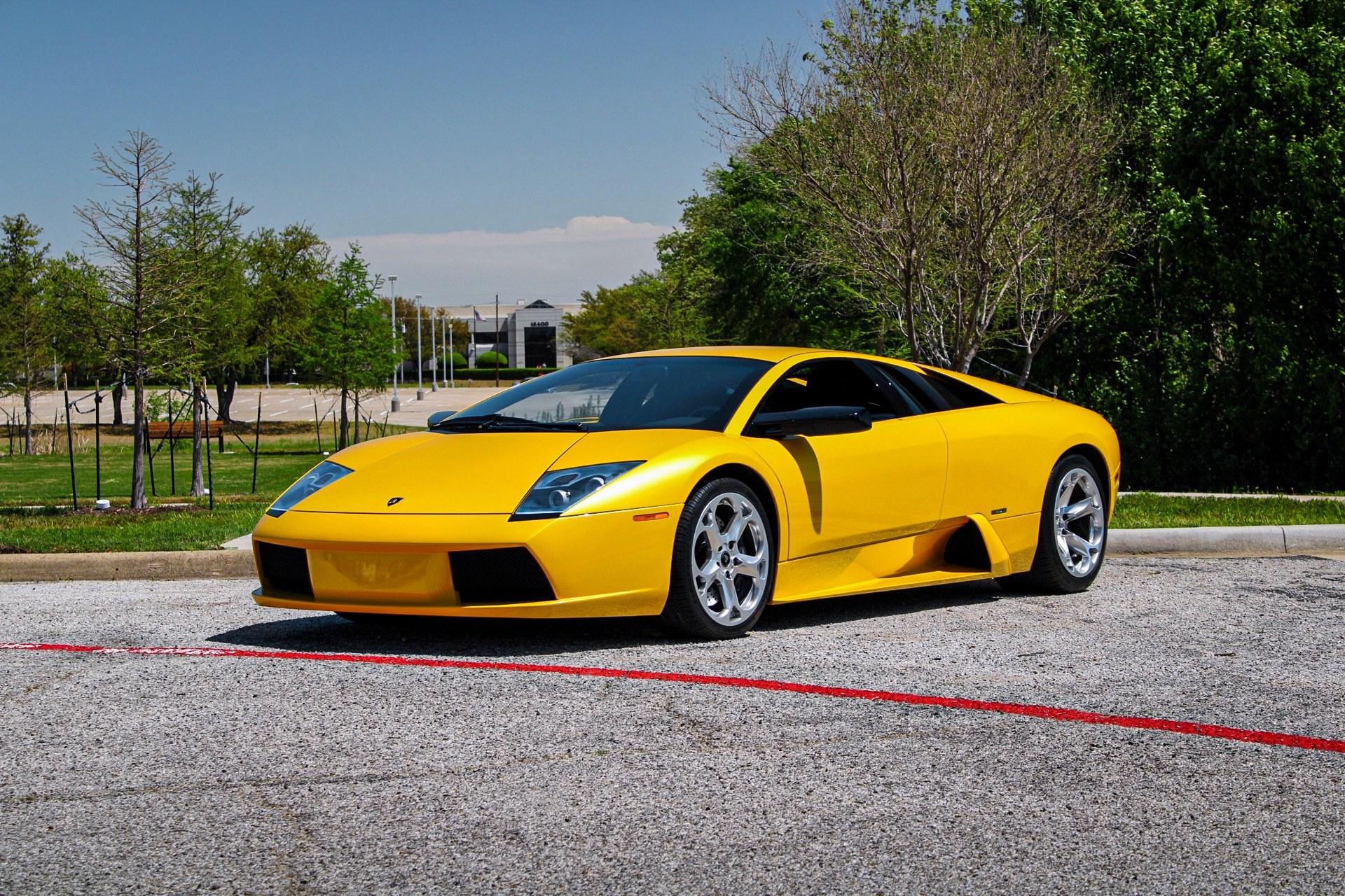 2003_Lamborghini_Murcielago_manual_0022