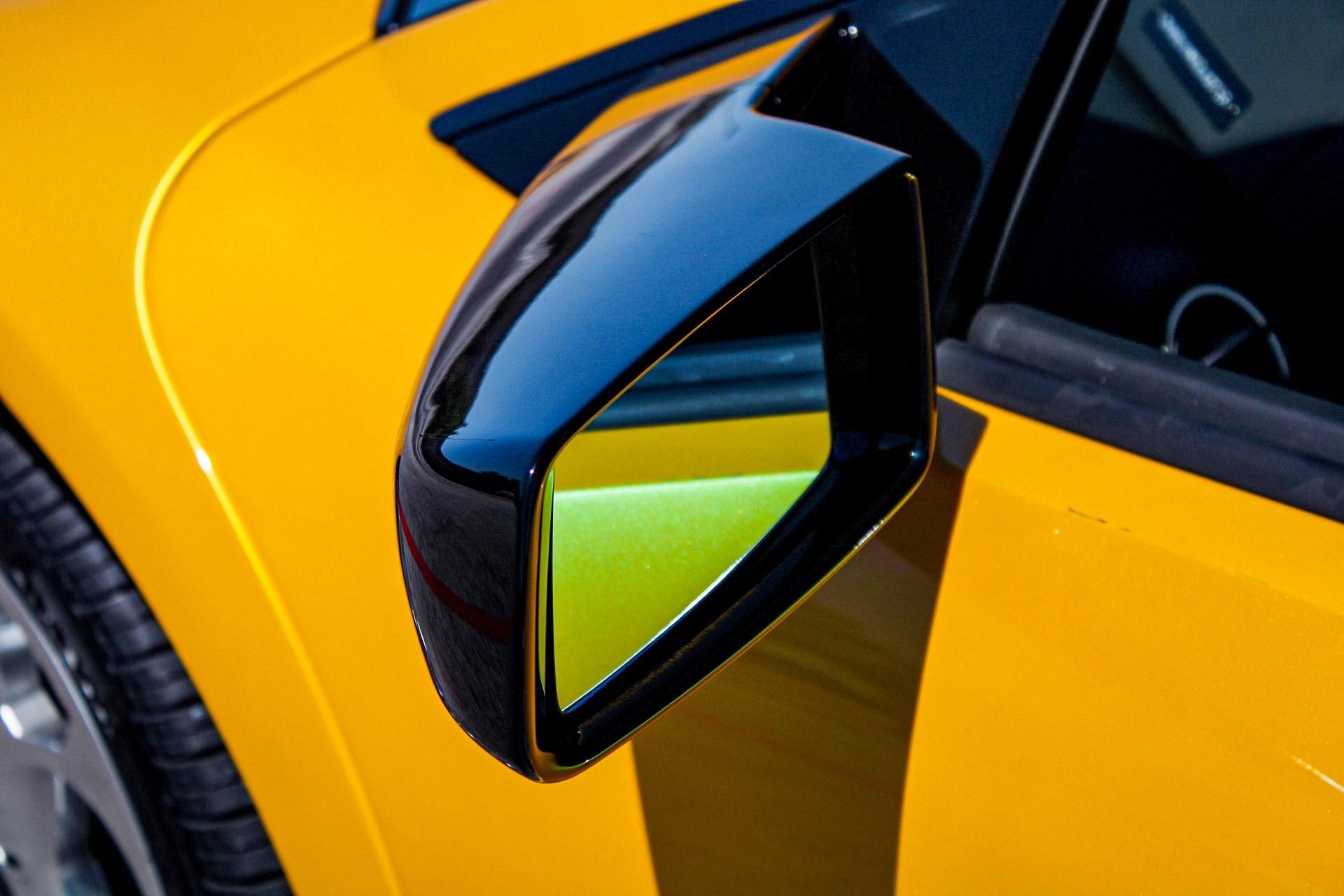 2003_Lamborghini_Murcielago_manual_0025