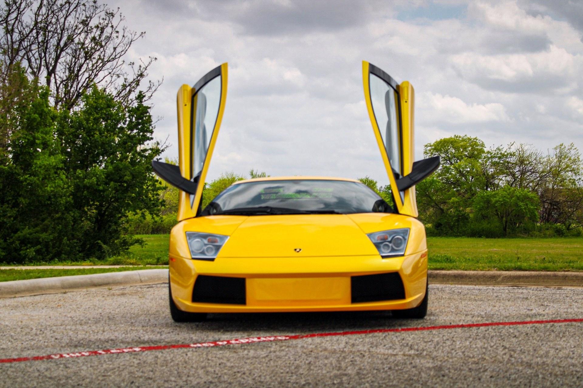 2003_Lamborghini_Murcielago_manual_0031