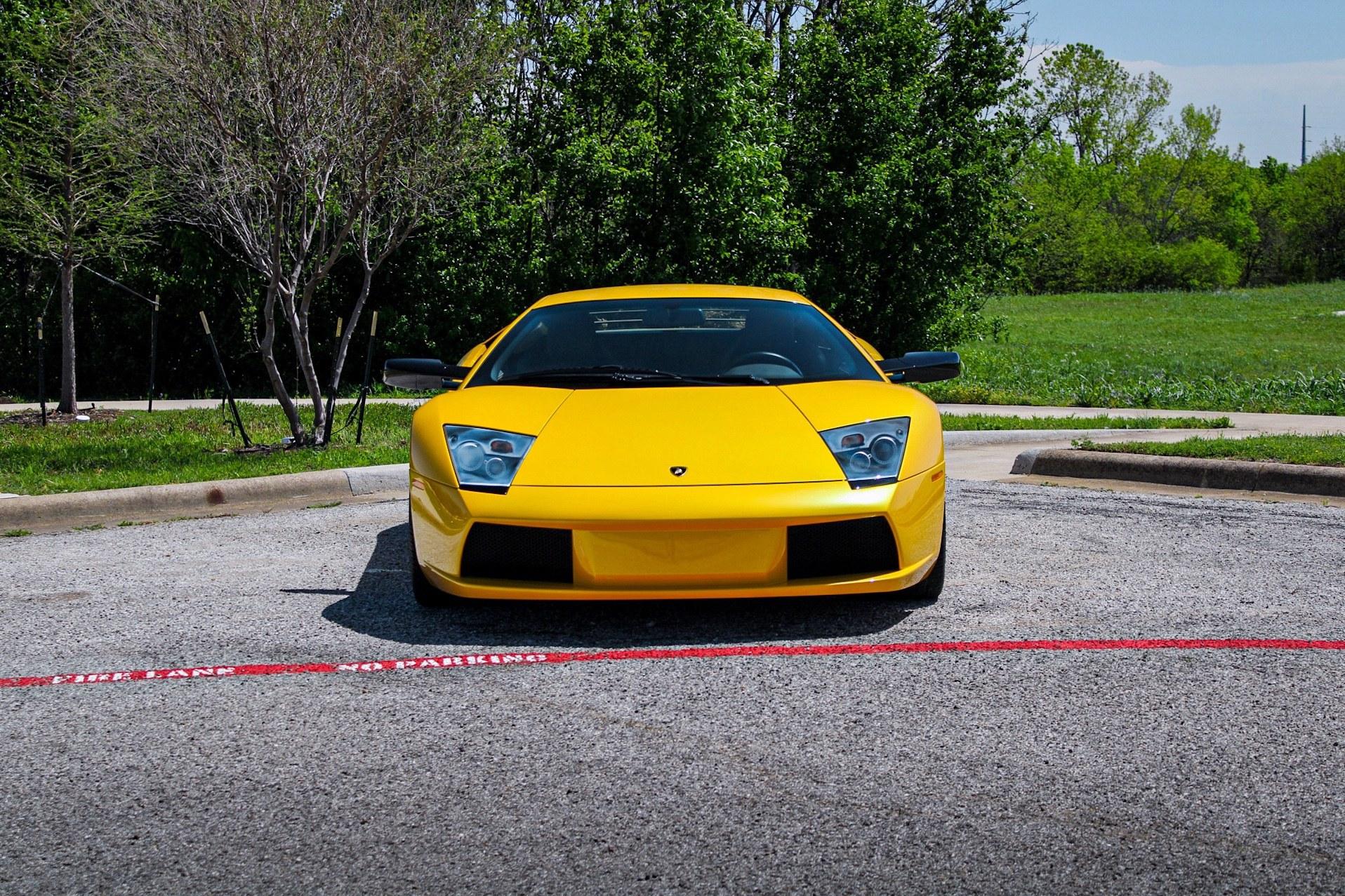 2003_Lamborghini_Murcielago_manual_0043