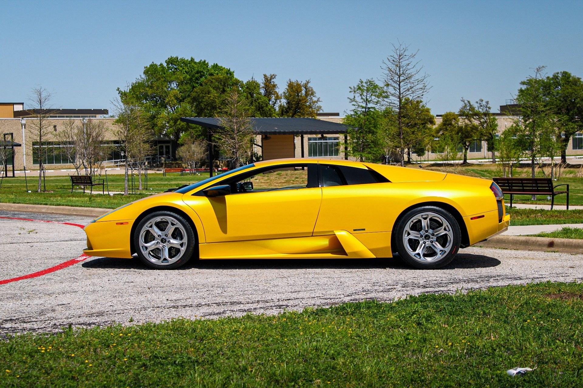 2003_Lamborghini_Murcielago_manual_0069