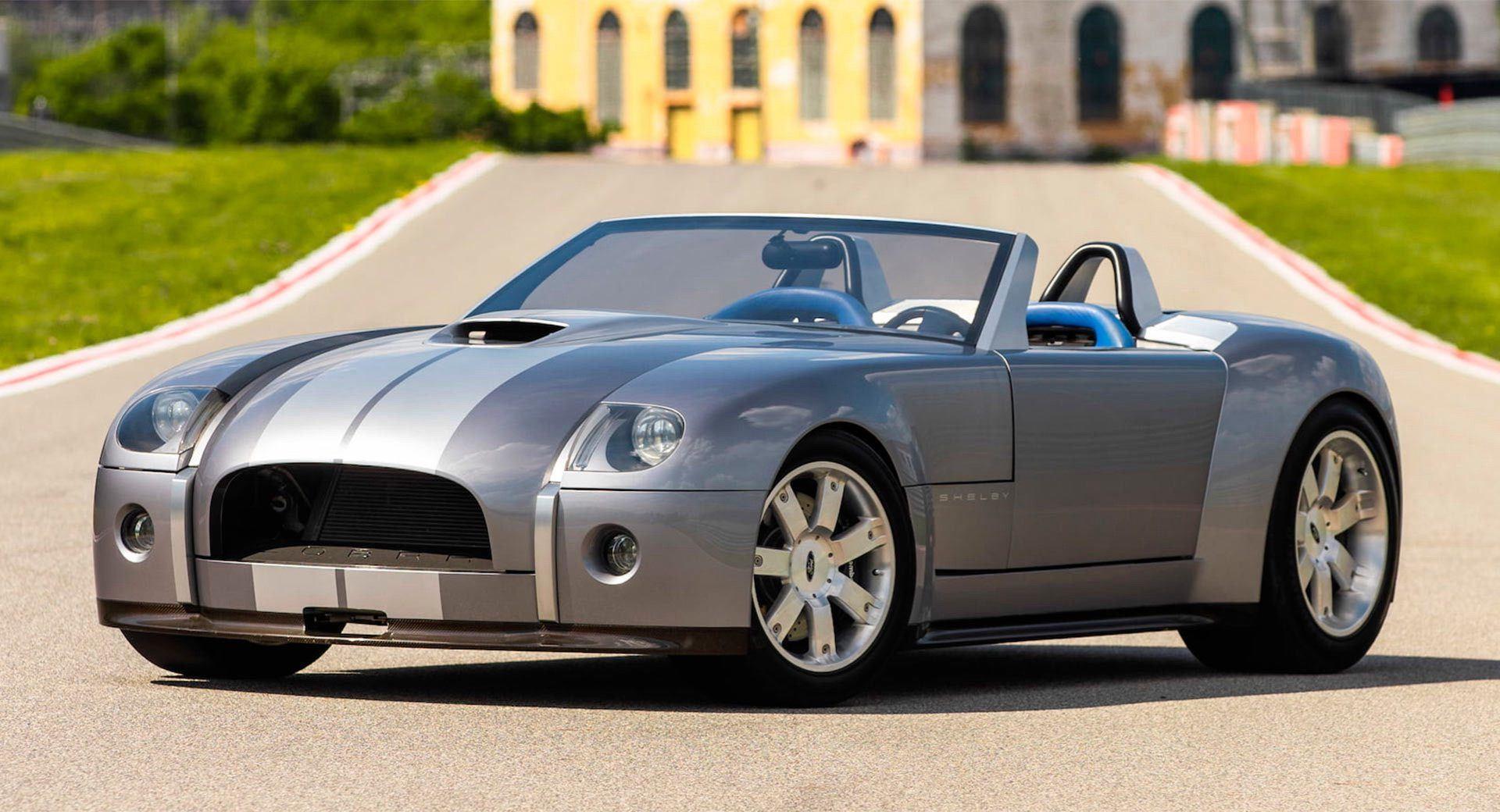 2004_Ford_Shelby_Cobra_Concept-0000