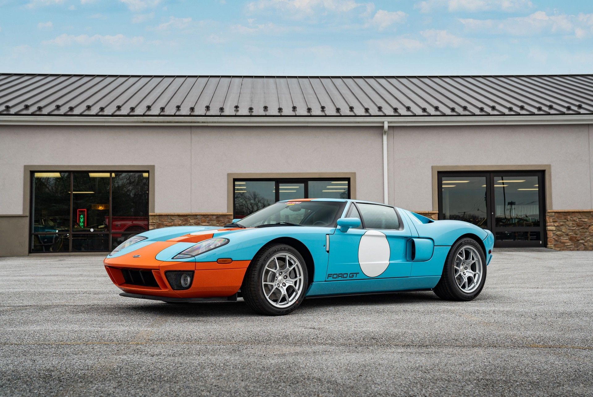 2006_Ford_GT_Heritage_sale-0014