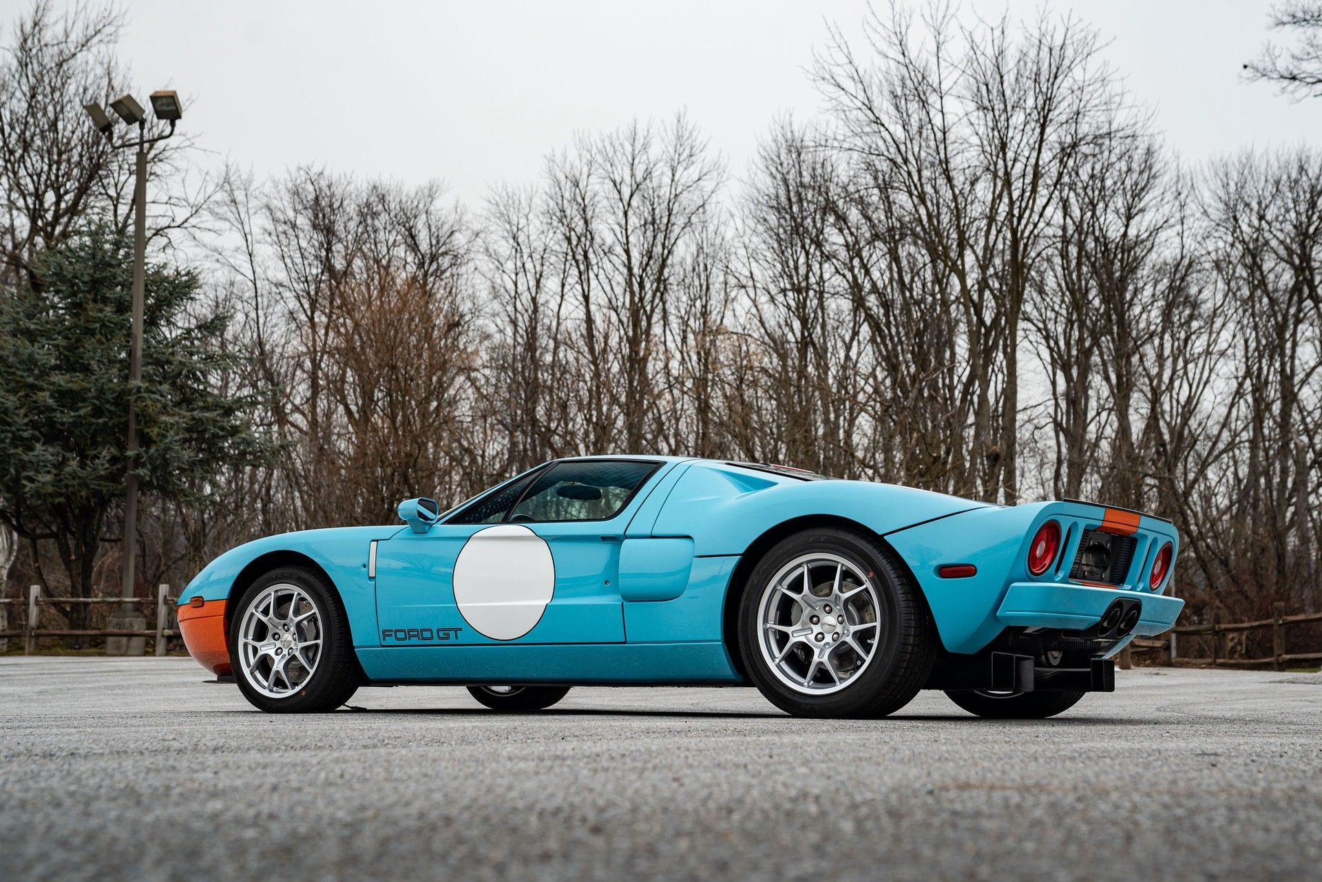 2006_Ford_GT_Heritage_sale-0015