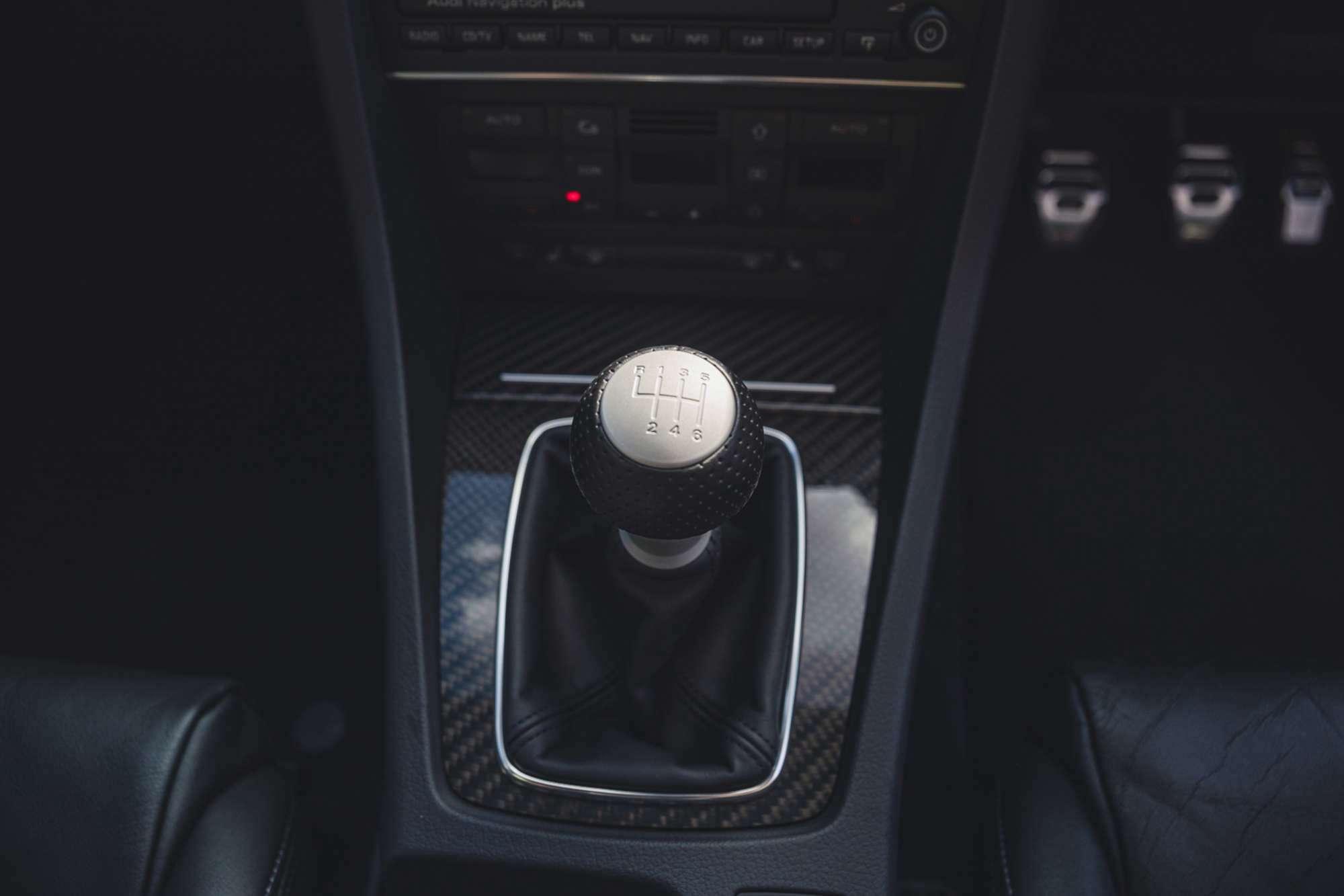 2007_Audi_RS4_B7_sale-0026