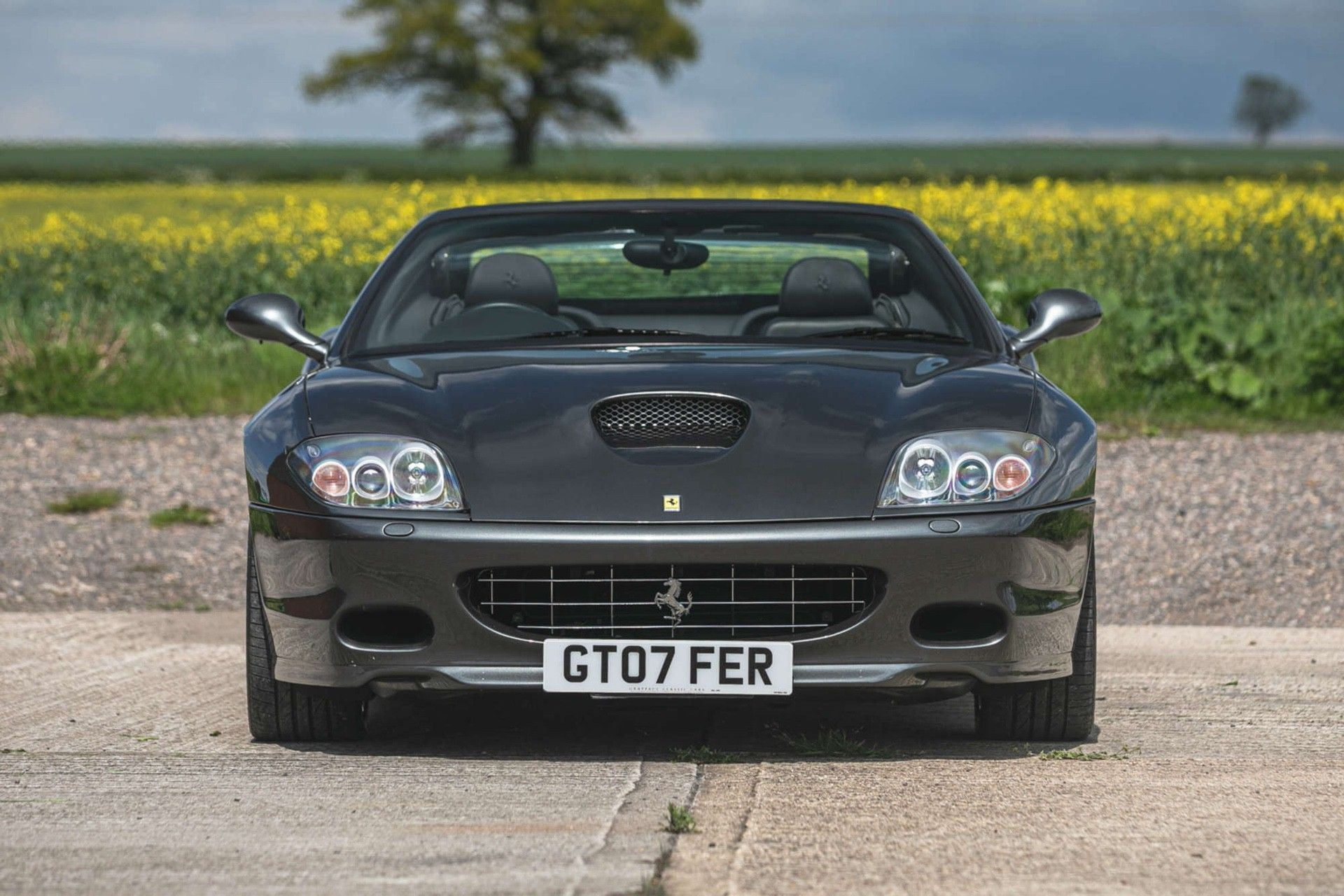 2007_Ferrari_575_Superamerica_F1-0001