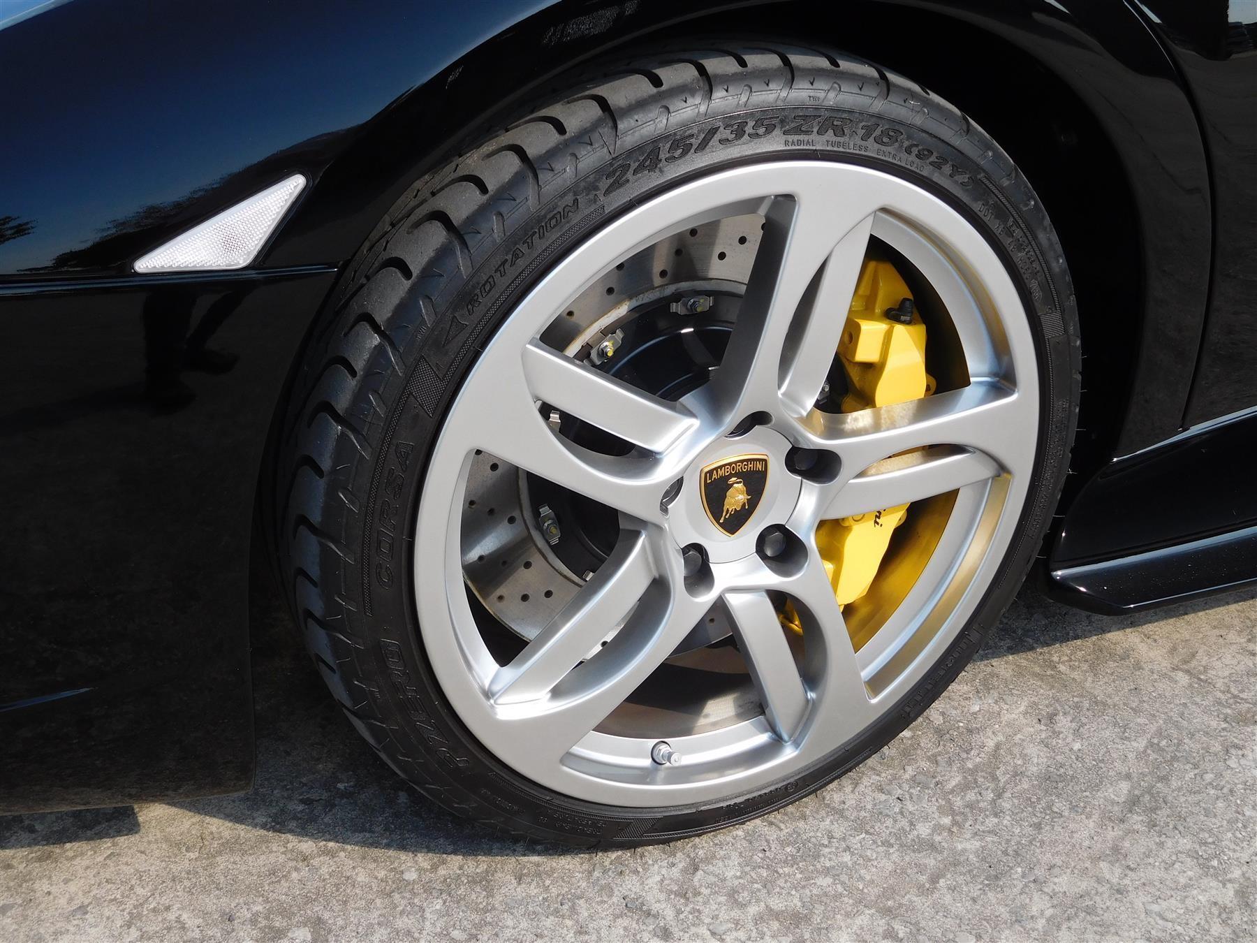 2007_Lamborghini_Murcielago_sale-0008