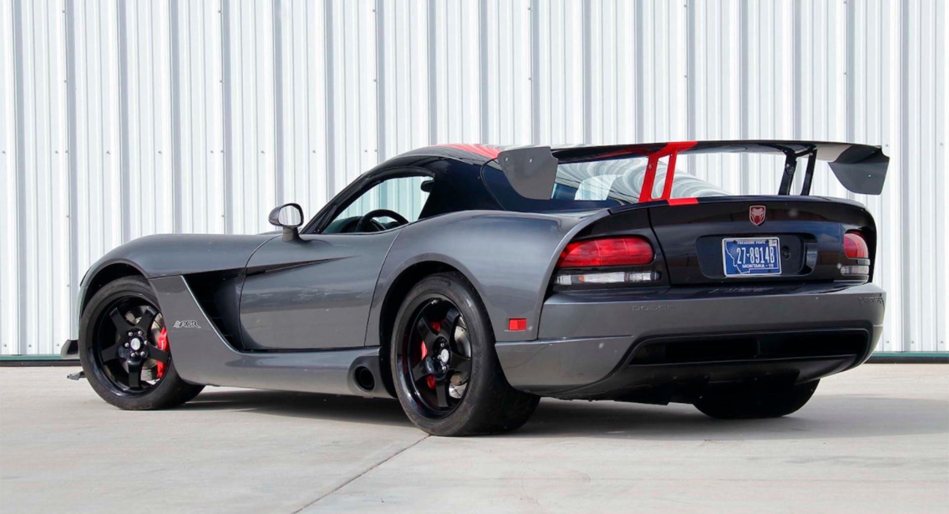 Dodge-Viper-ACR-2