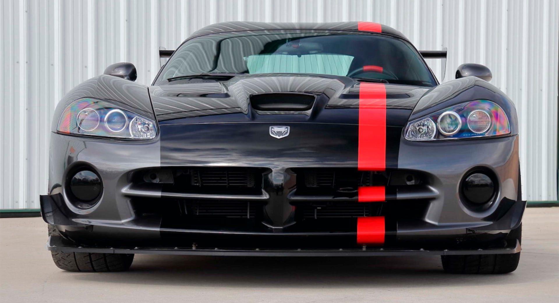 Dodge-Viper-ACR-3