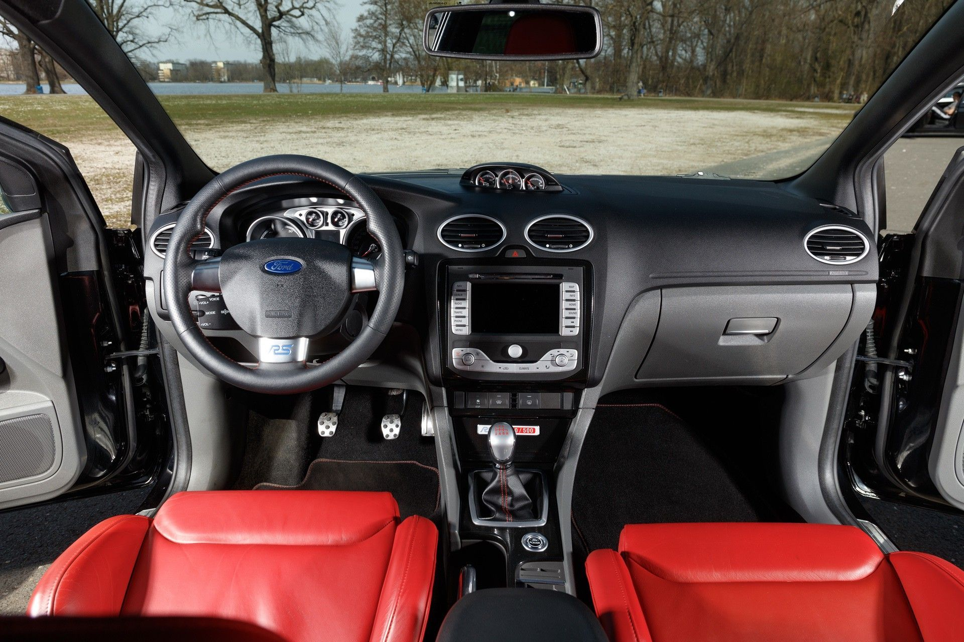 2010_Ford_Focus_RS500_sale-0009