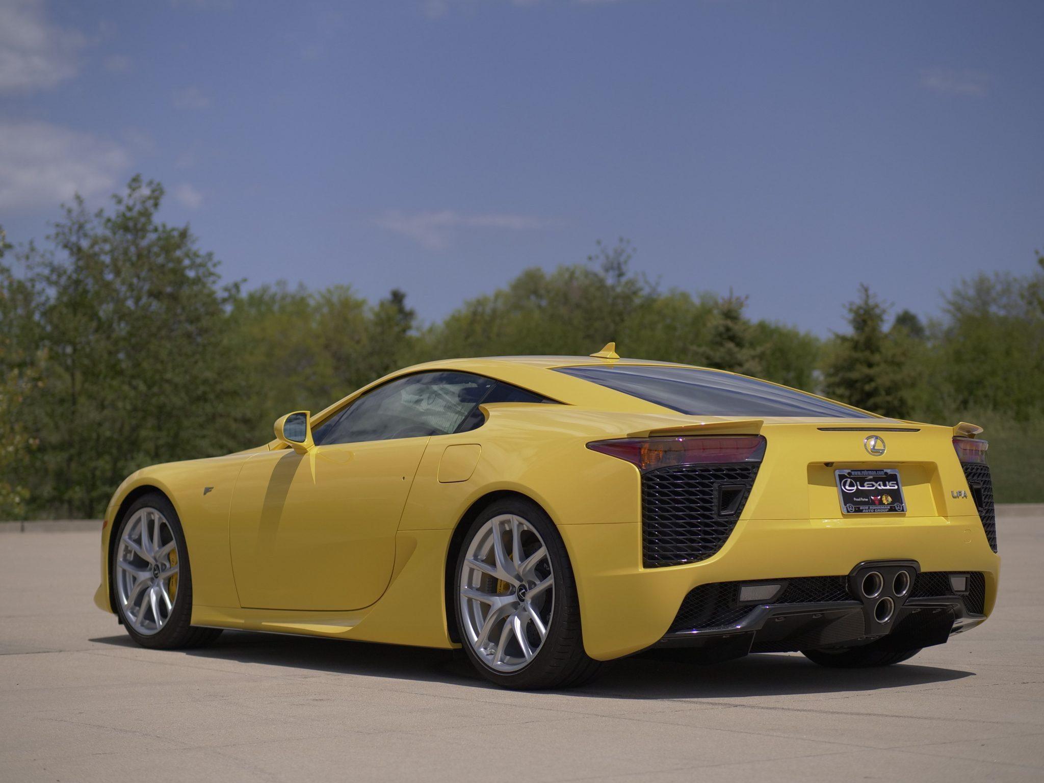 2012_Lexus_LFA_sale-0002