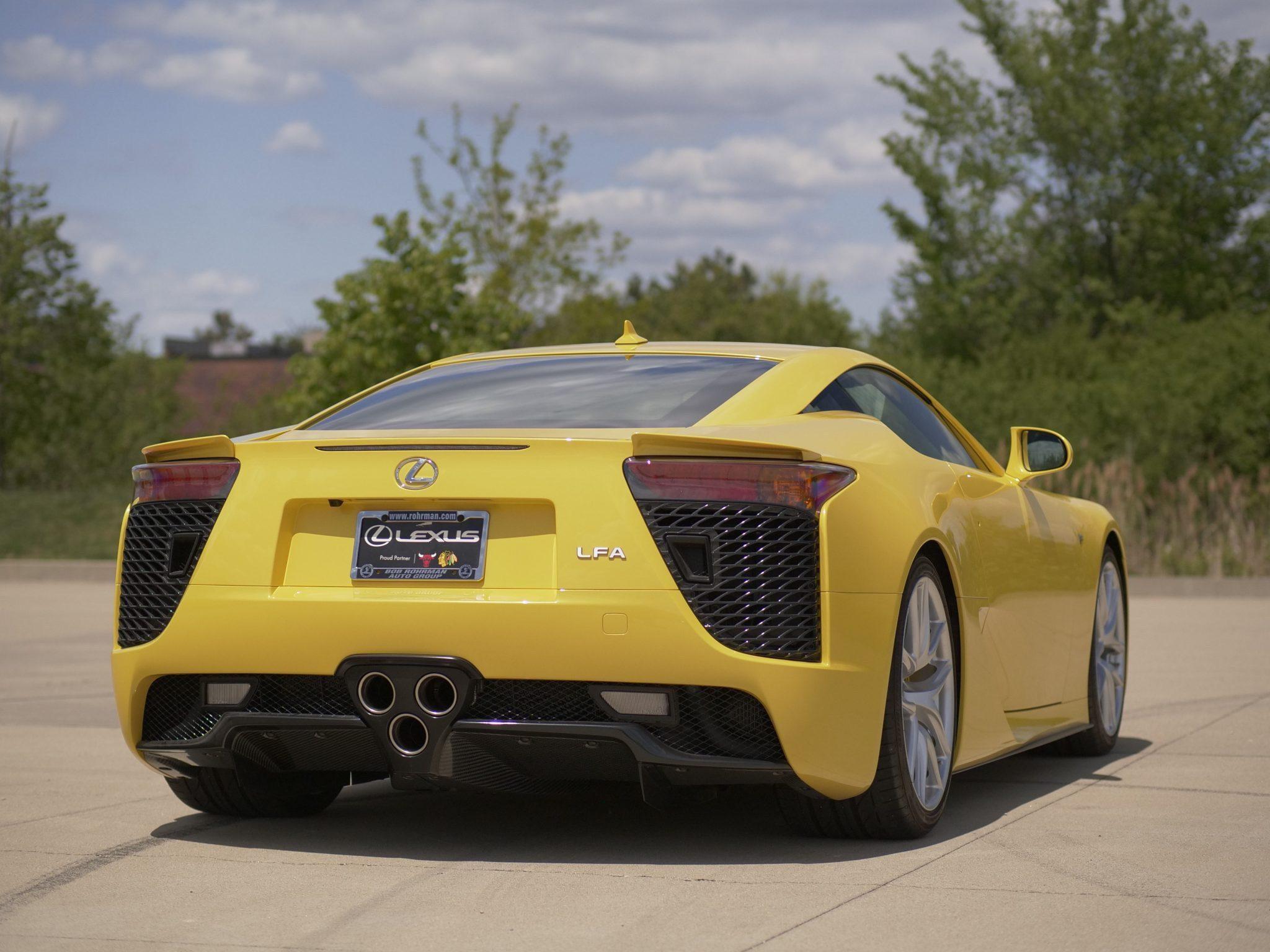 2012_Lexus_LFA_sale-0004