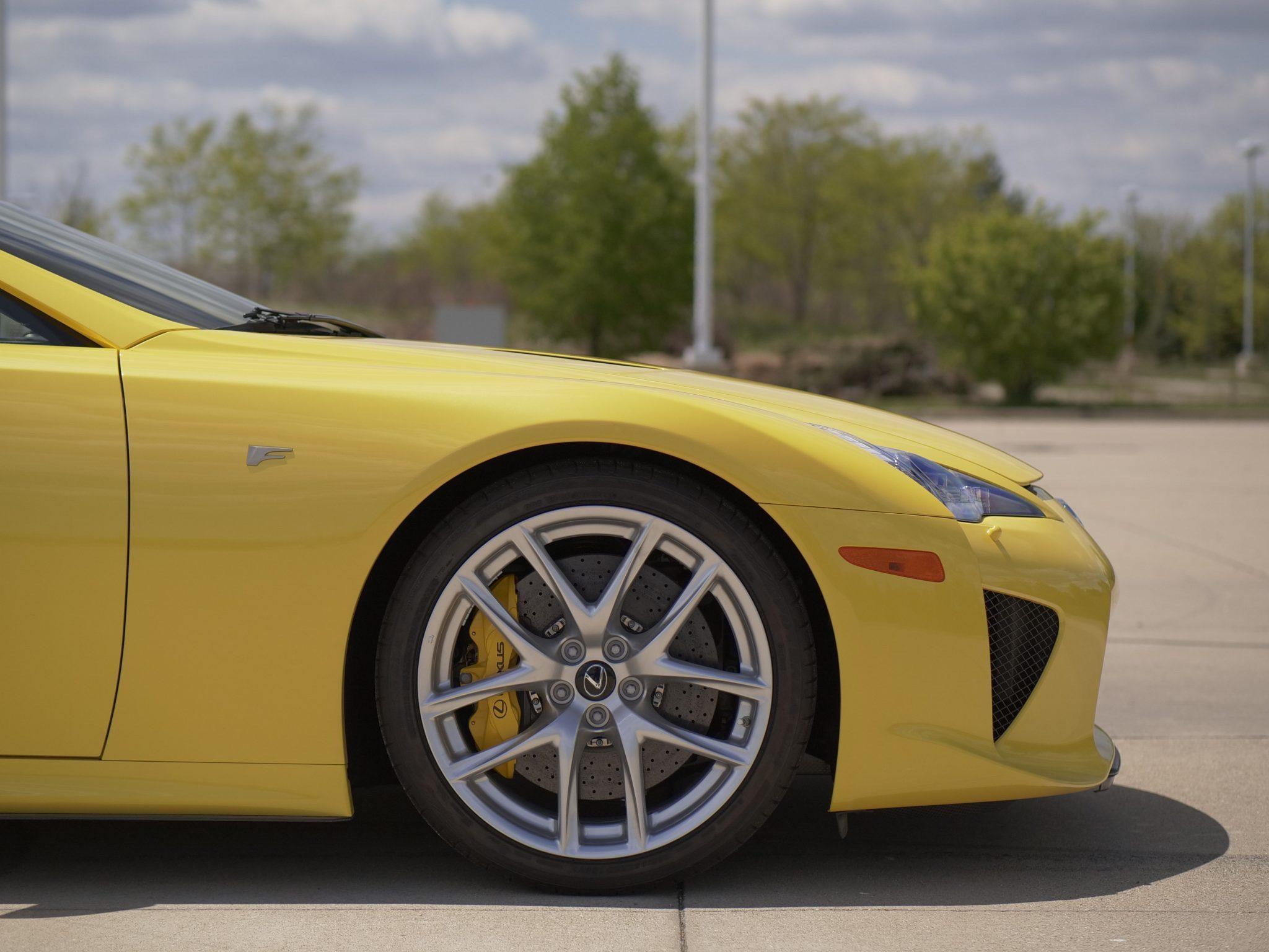 2012_Lexus_LFA_sale-0007
