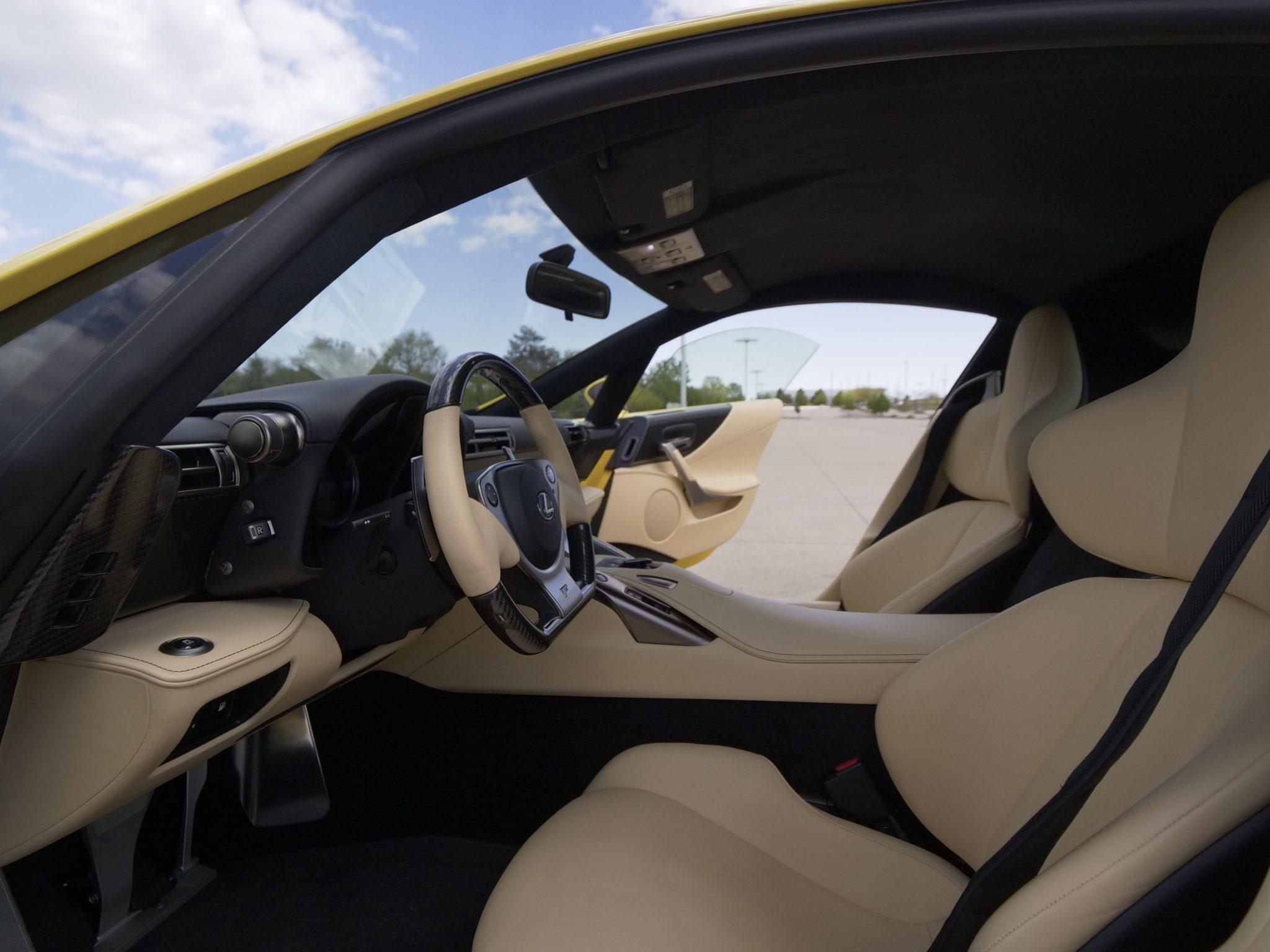 2012_Lexus_LFA_sale-0008