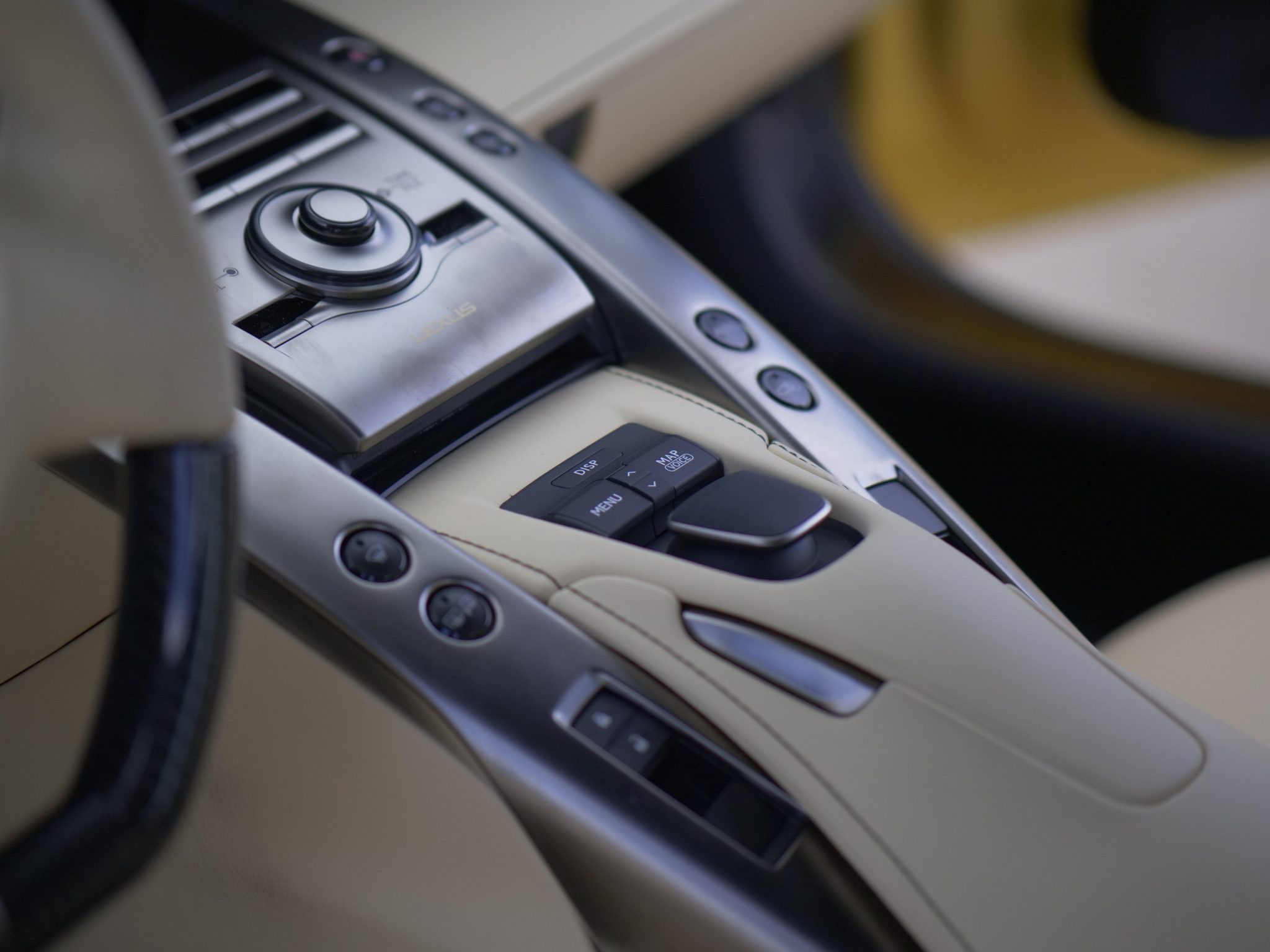 2012_Lexus_LFA_sale-0010