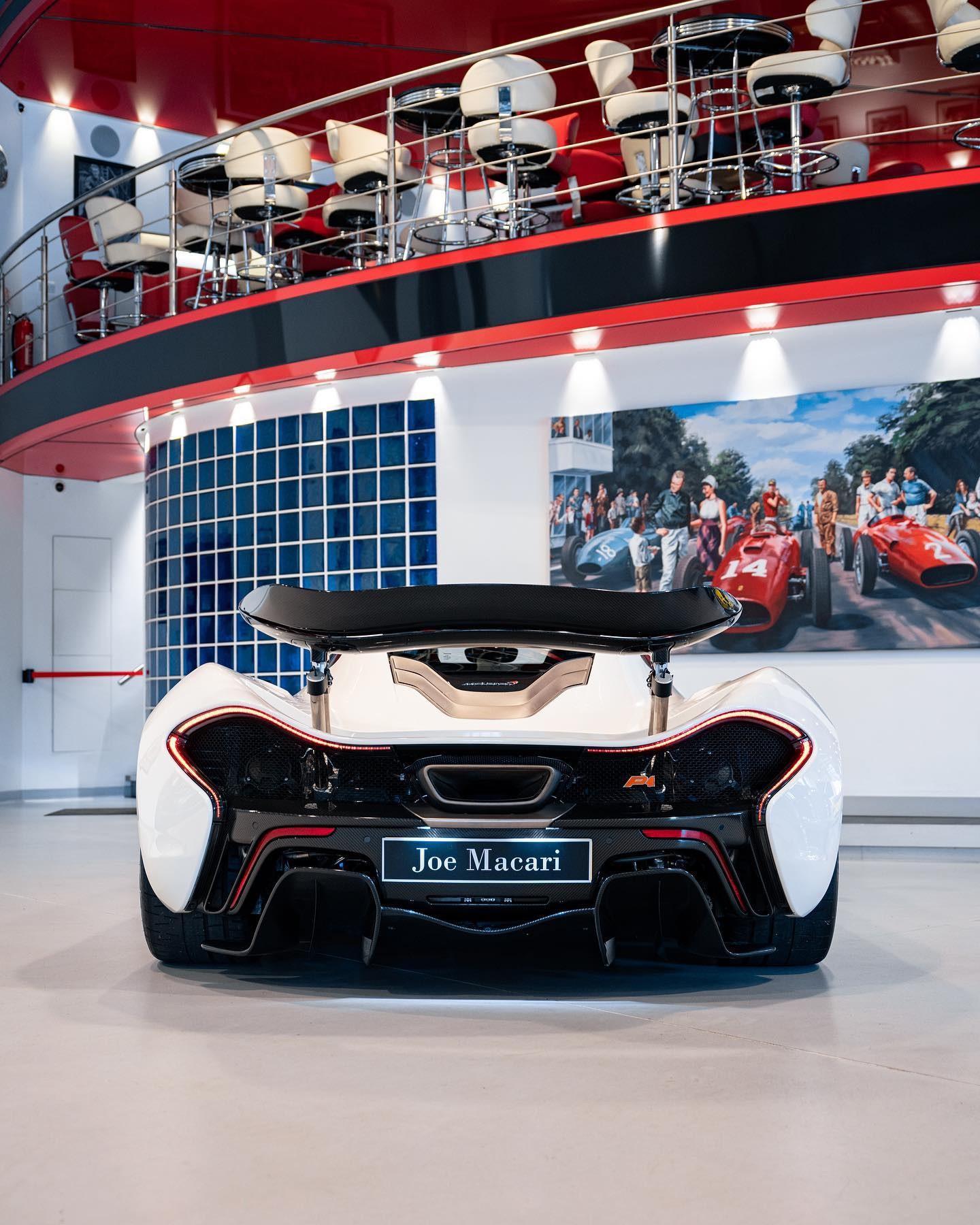 2013_McLaren_P1_sale-0002
