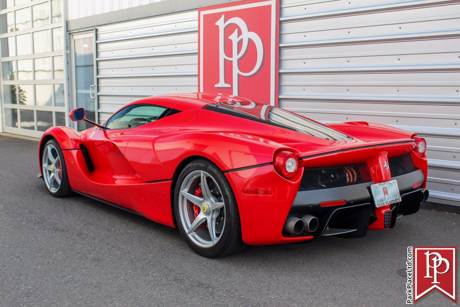 2014_Ferrari_LaFerrari_sale-0002
