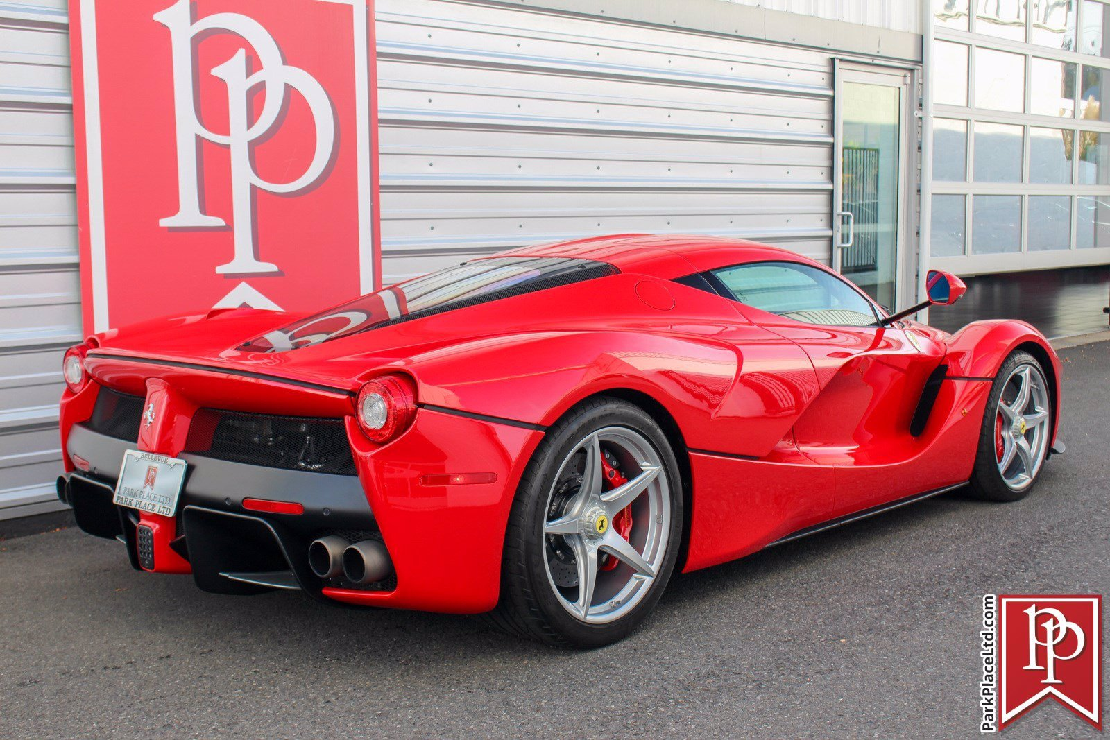 2014_Ferrari_LaFerrari_sale-0004