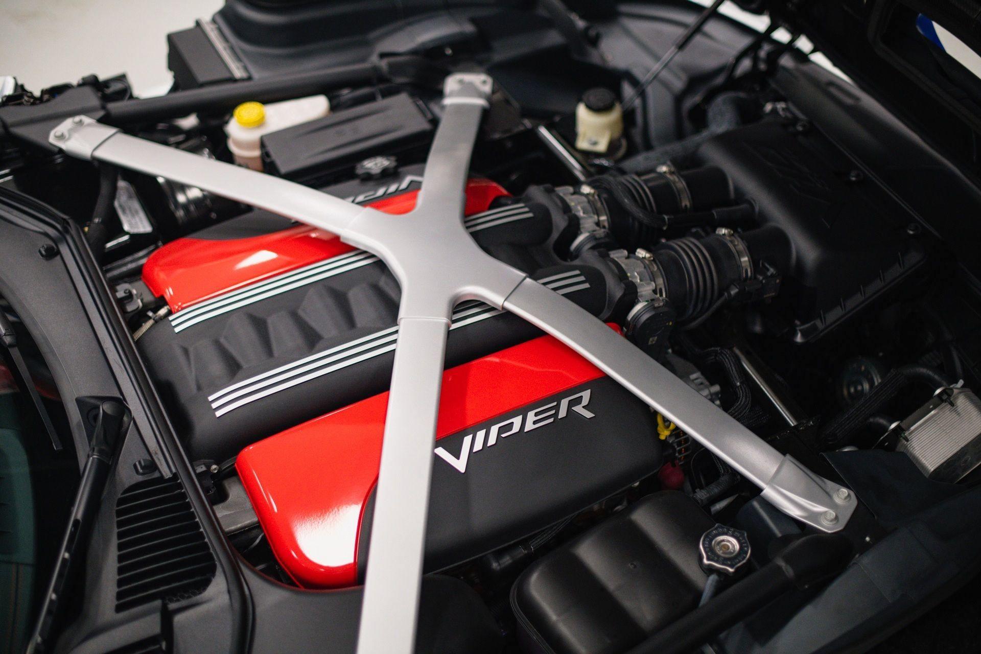 Dodge_Viper_GTS-R_Final_Edition_ACR_sale-0022