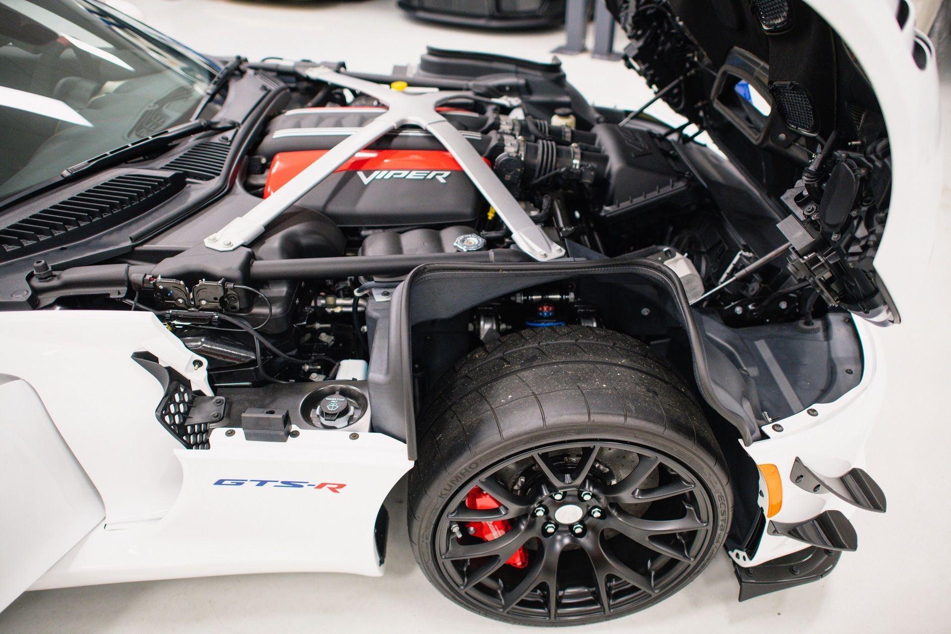 Dodge_Viper_GTS-R_Final_Edition_ACR_sale-0023