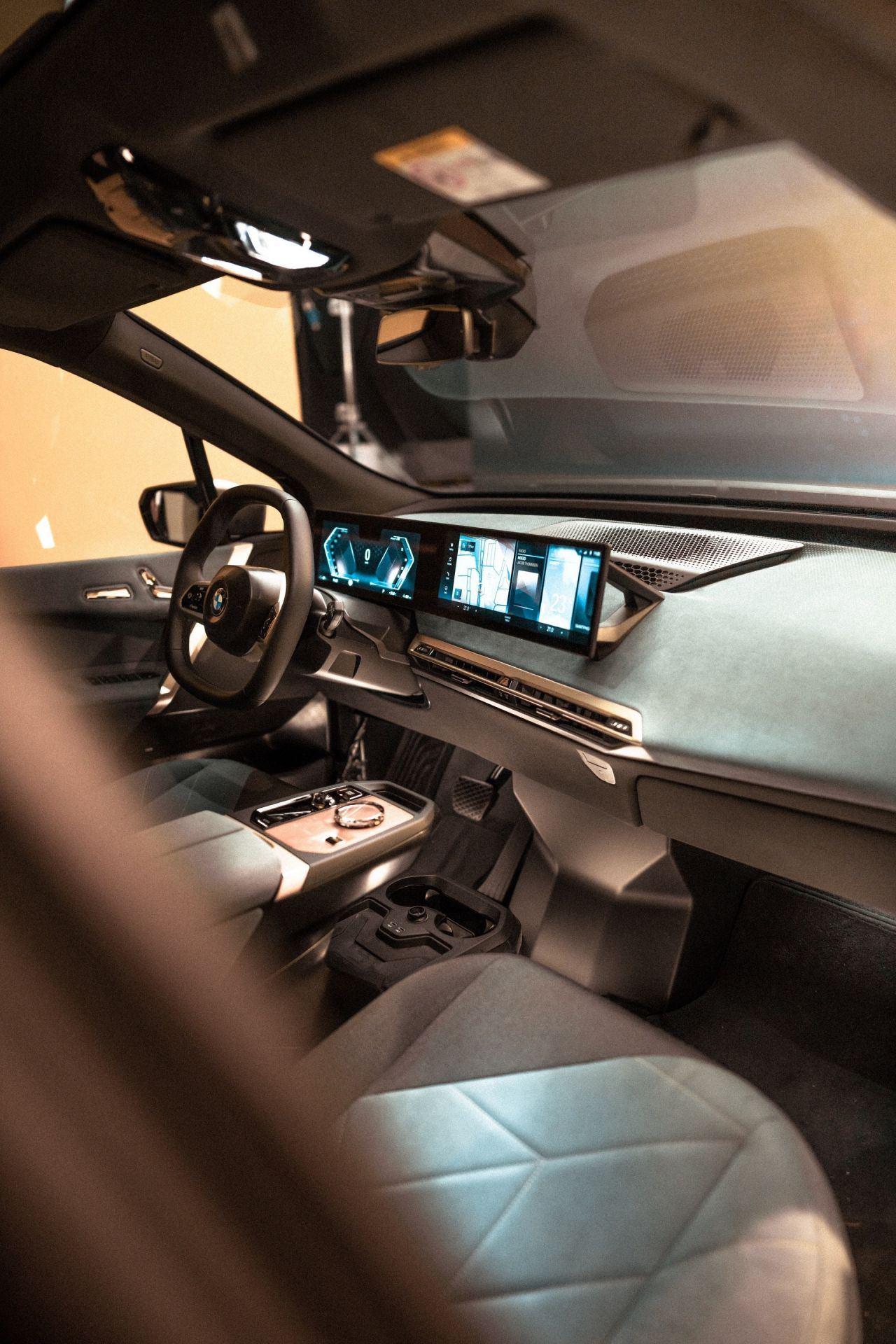 2021_BMW_iDrive_0005