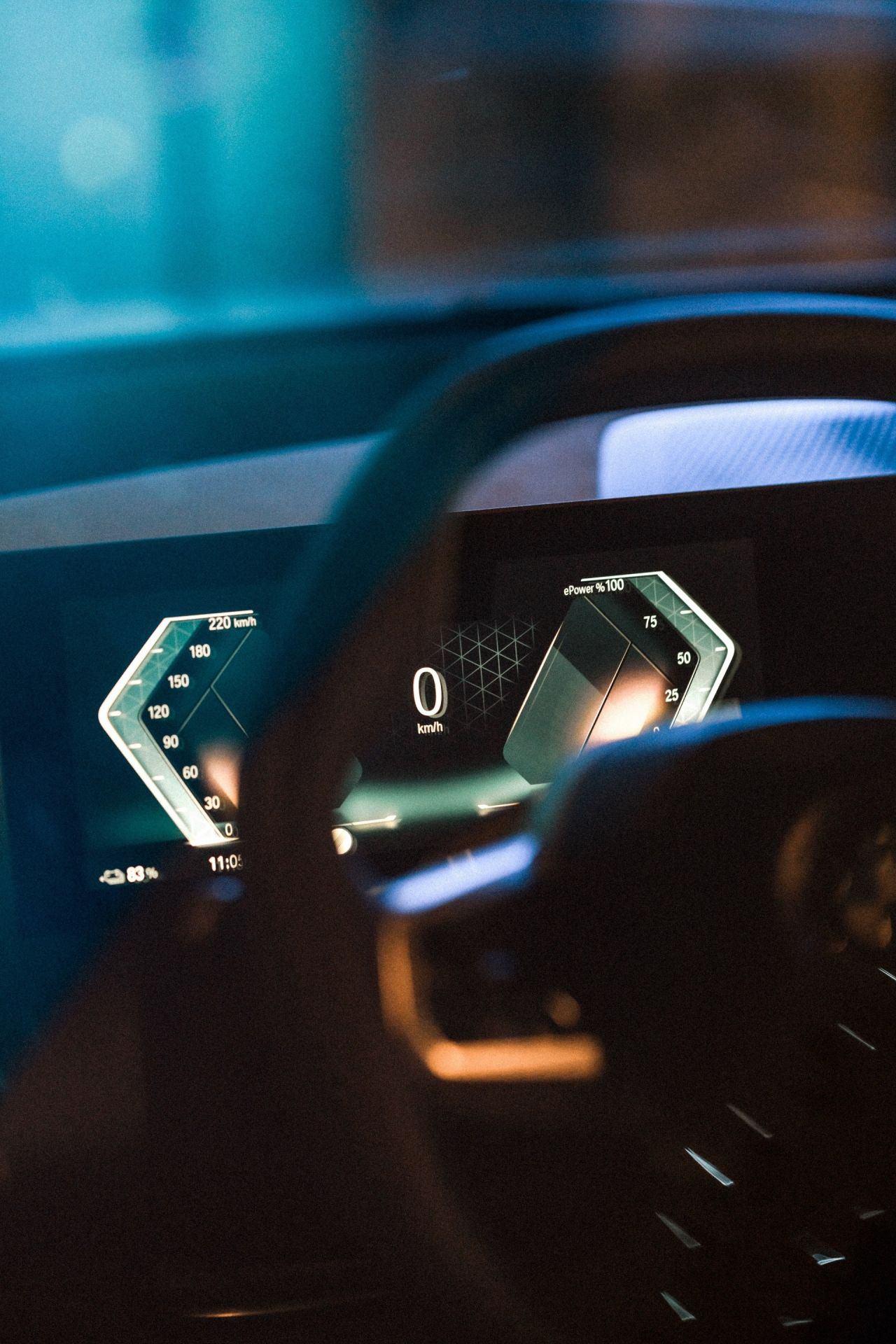 2021_BMW_iDrive_0009