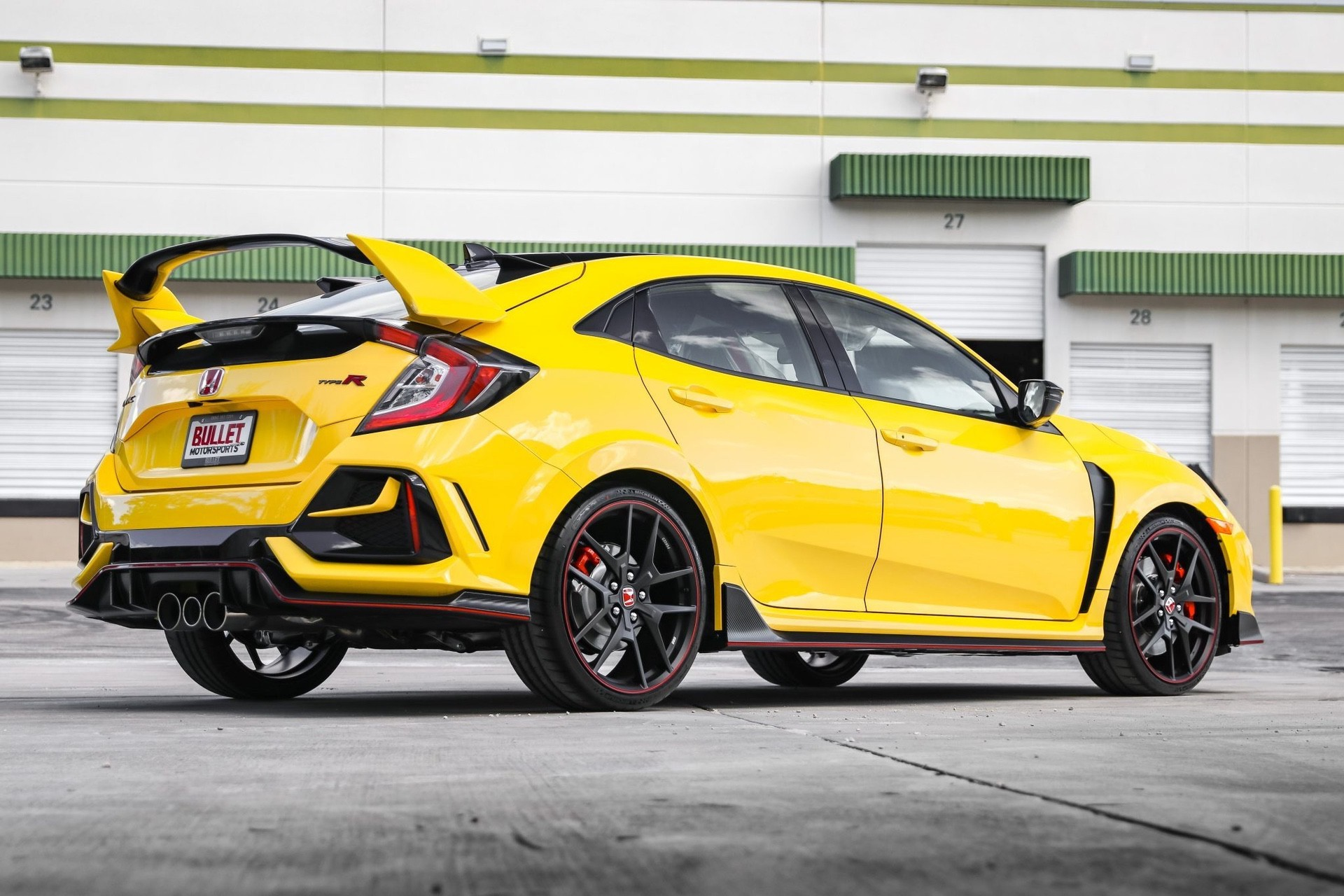 2021_Honda_Civic_Type_R_Limited_Edition-0004
