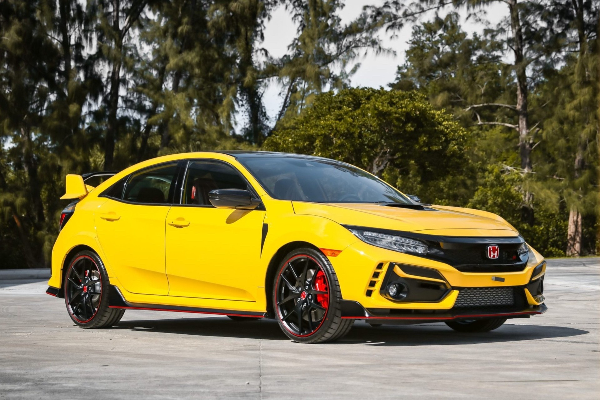 2021_Honda_Civic_Type_R_Limited_Edition-0006