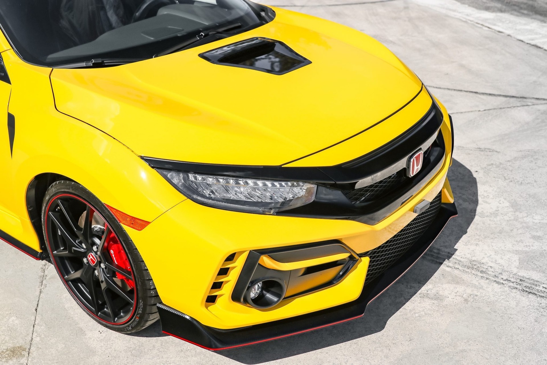 2021_Honda_Civic_Type_R_Limited_Edition-0009