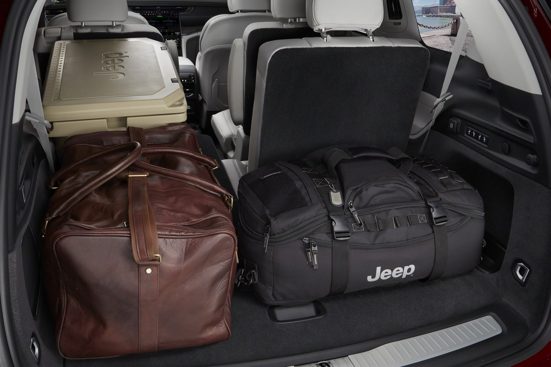 Jeep-Grand-Cherokee-L-2021-83