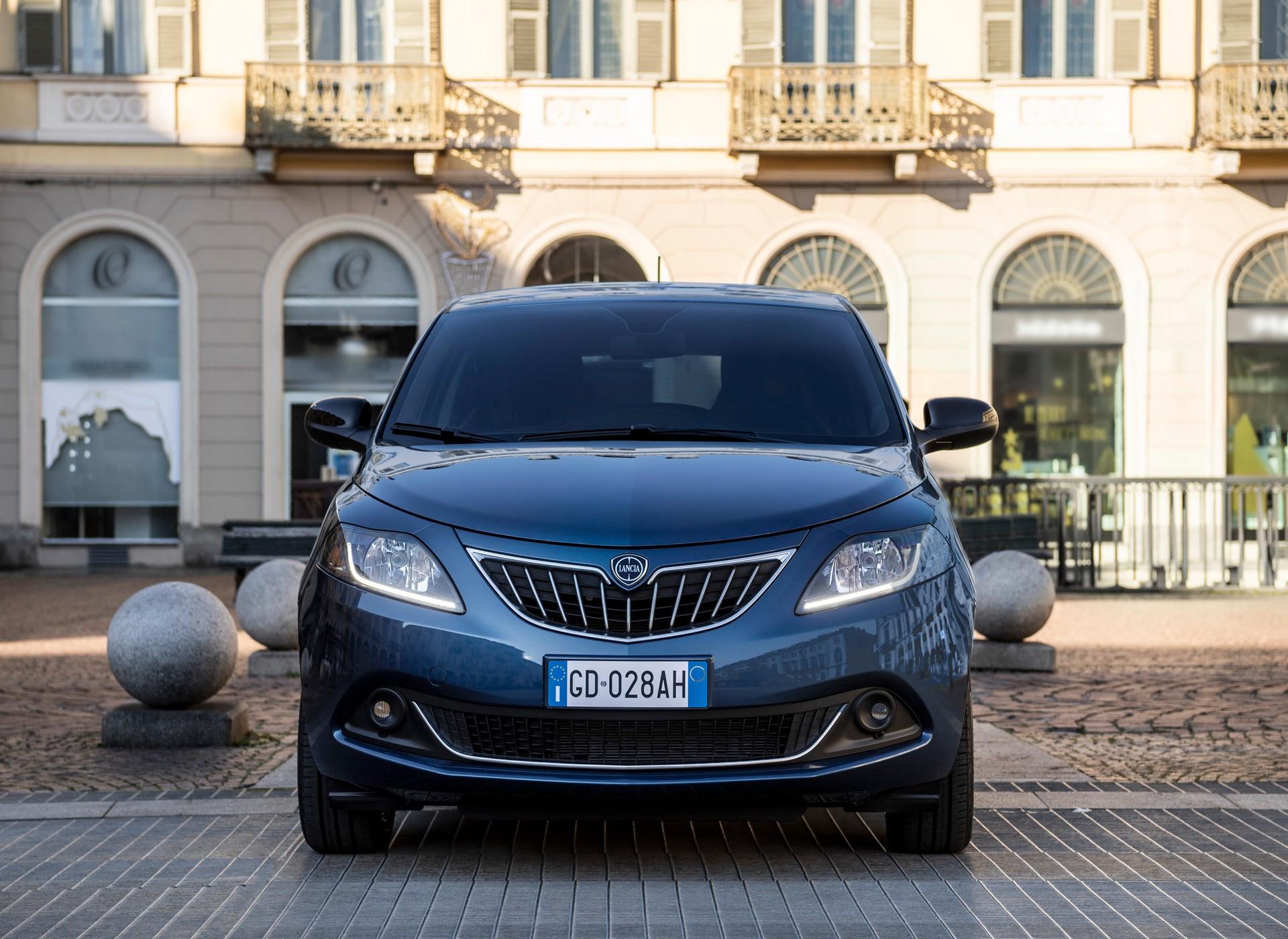 2021_Lancia_Ypsilon_hybrid-0003