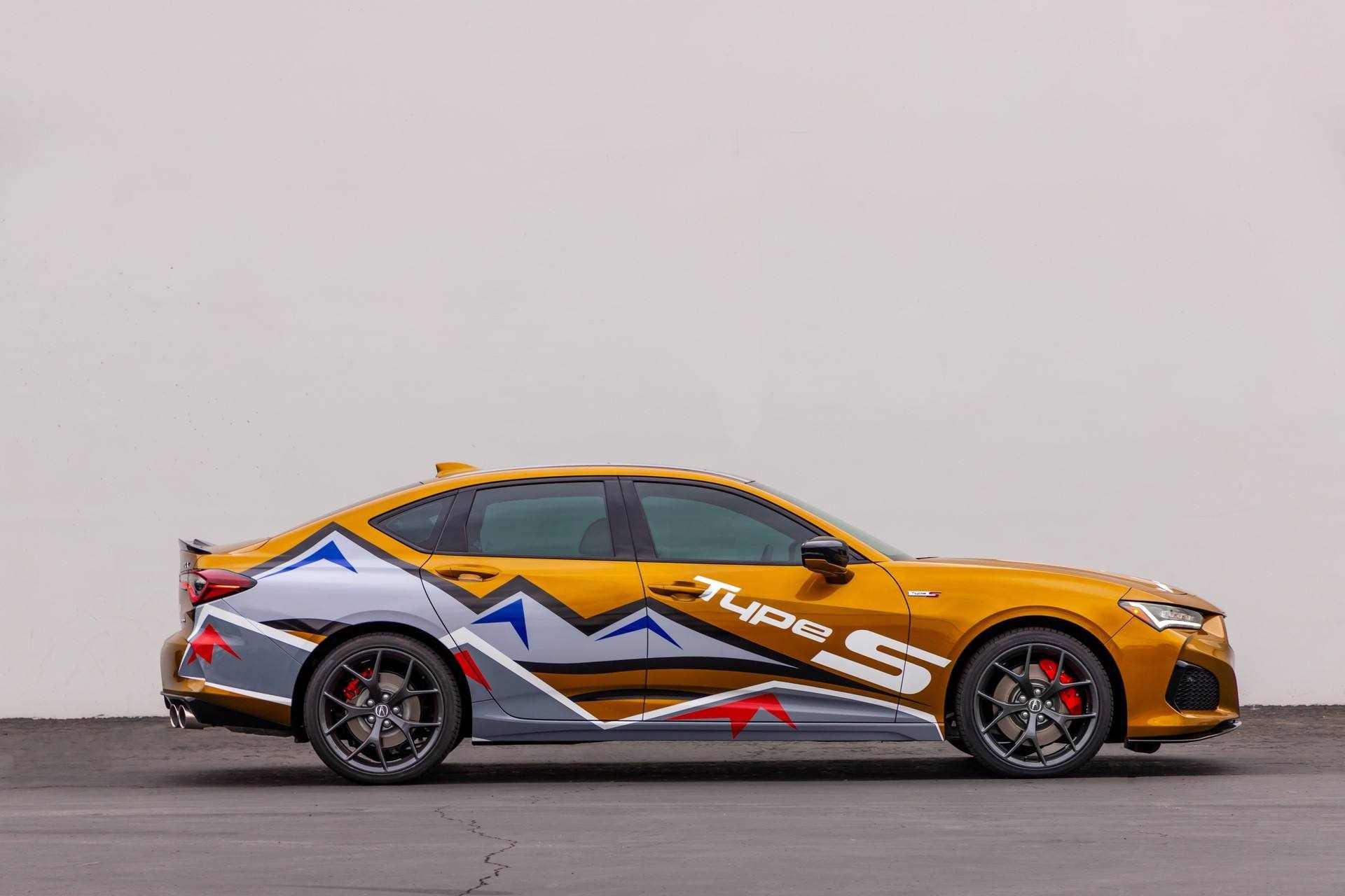 Acura_Pikes-Peak_2021_Pace_Car-Solo