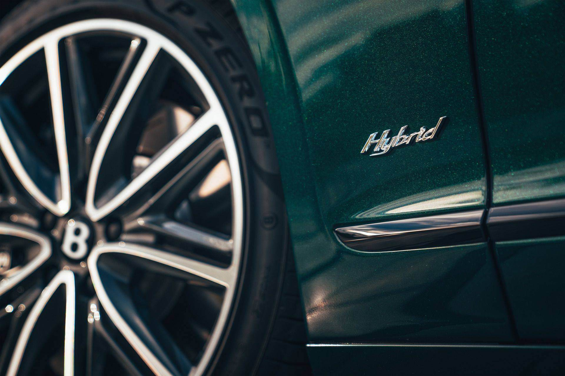 2022_Bentley_Flying_Spur_Hybrid-0007