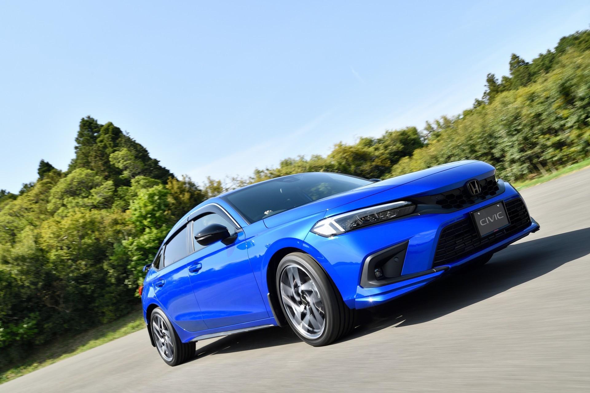 2022-Honda-Civic-Hatch-Accessories-1