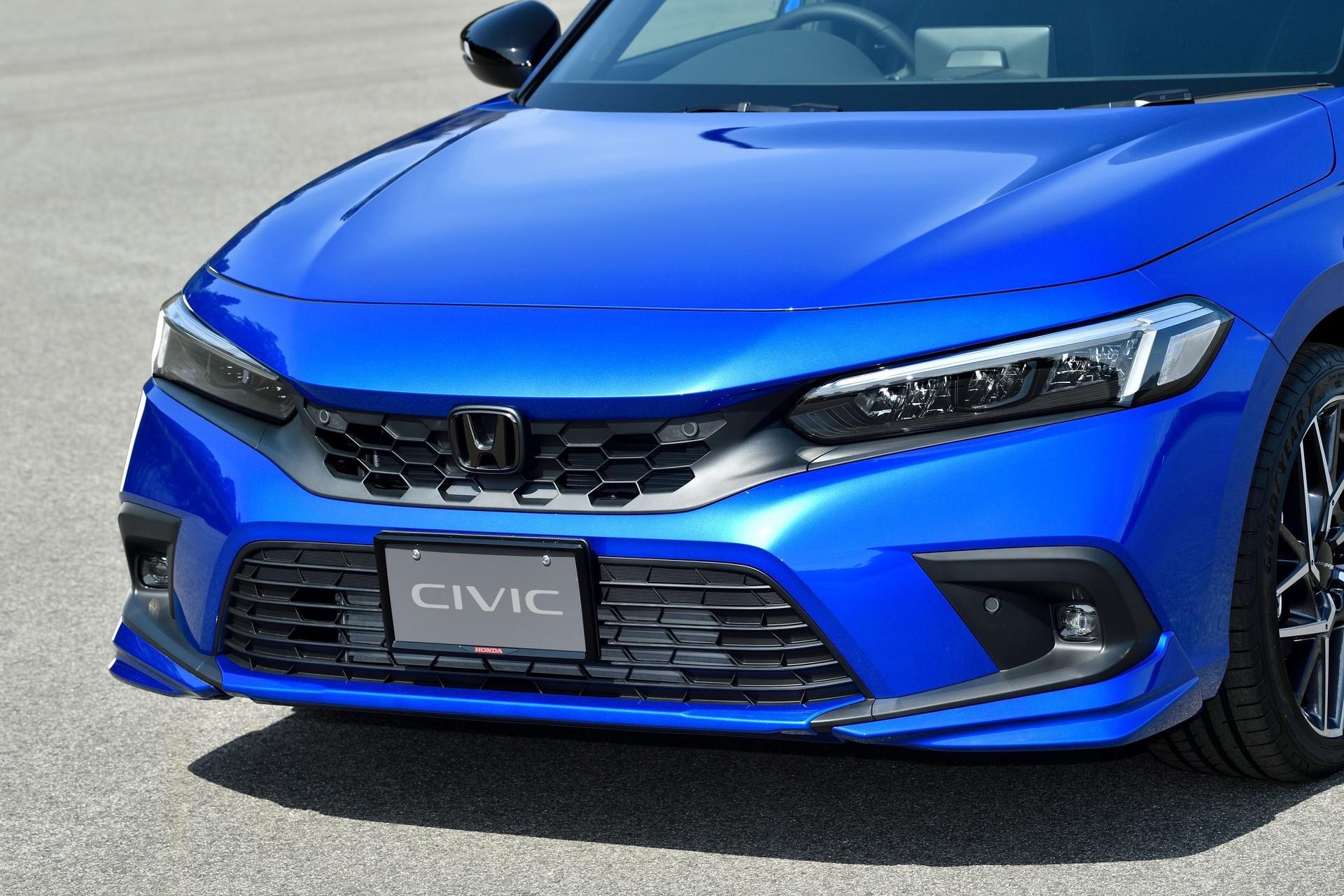 2022-Honda-Civic-Hatch-Accessories-12
