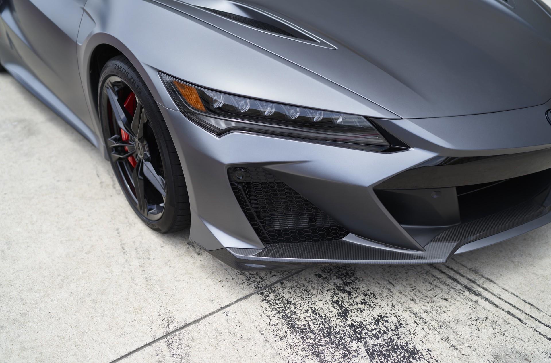 2022-Acura-NSX-Type-S_016