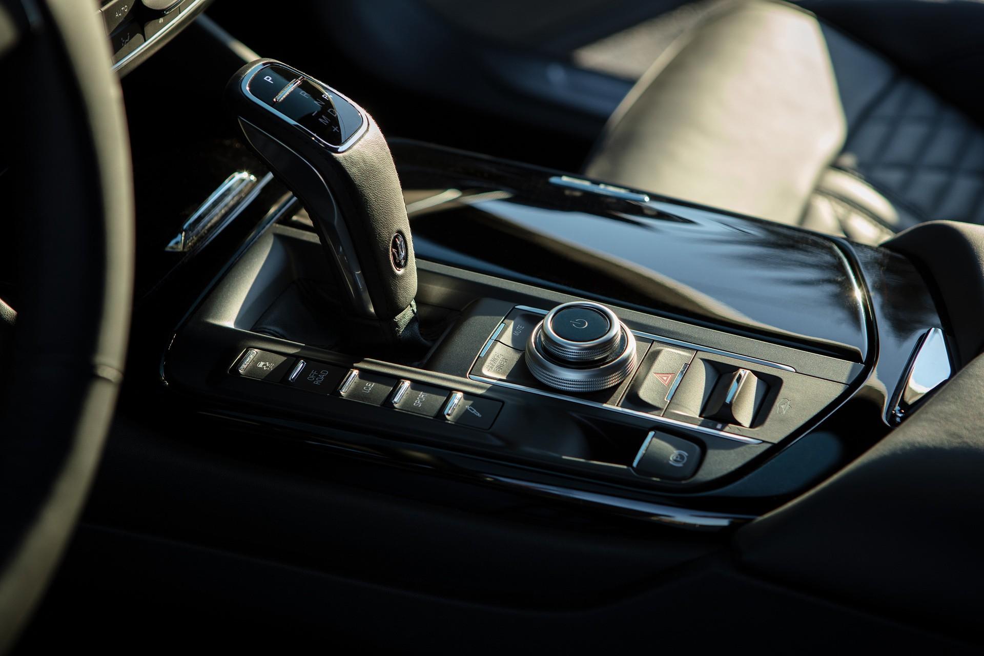 2022_Maserati_Levante_Hybrid-0010