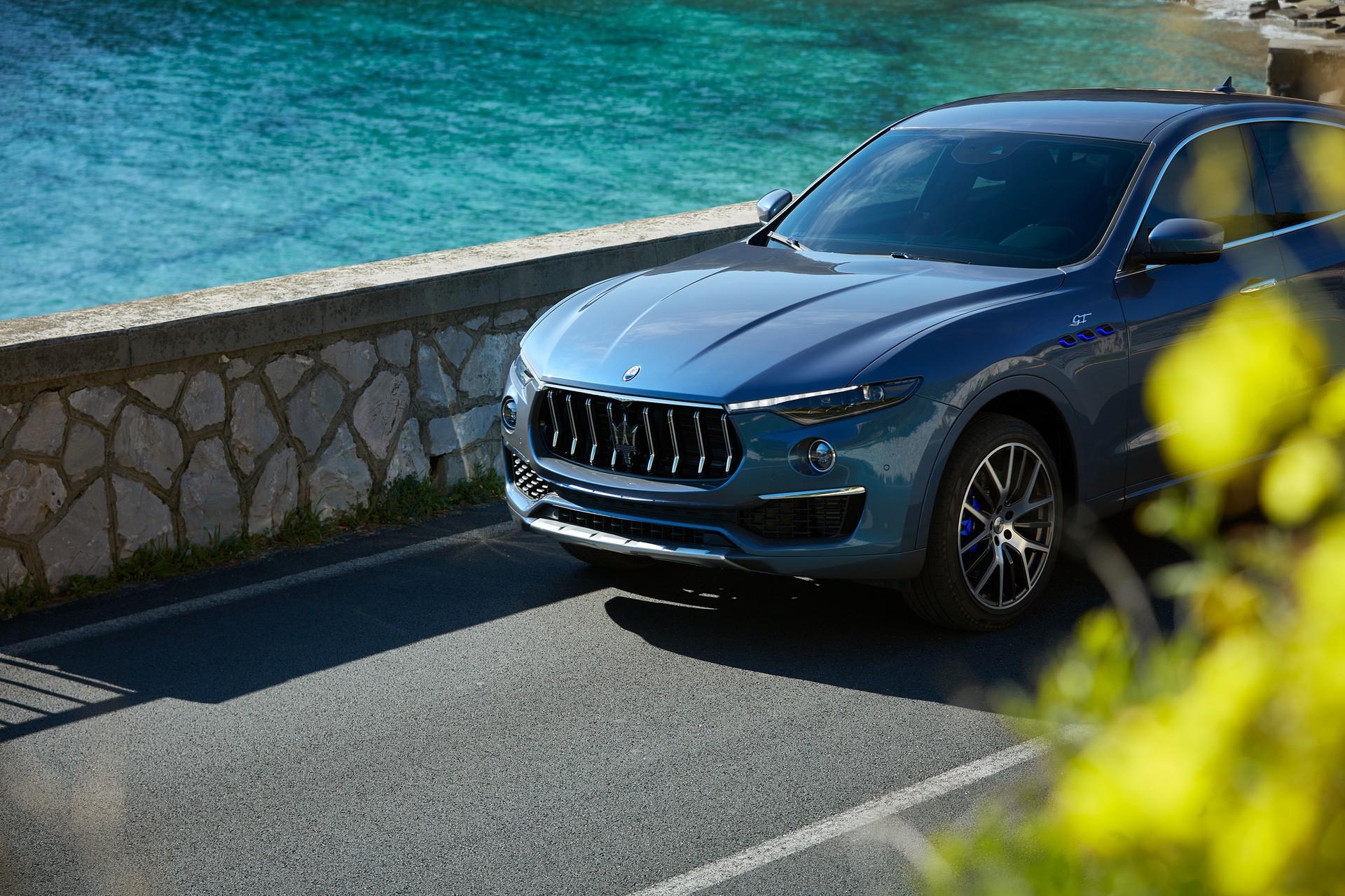 2022_Maserati_Levante_Hybrid-0012