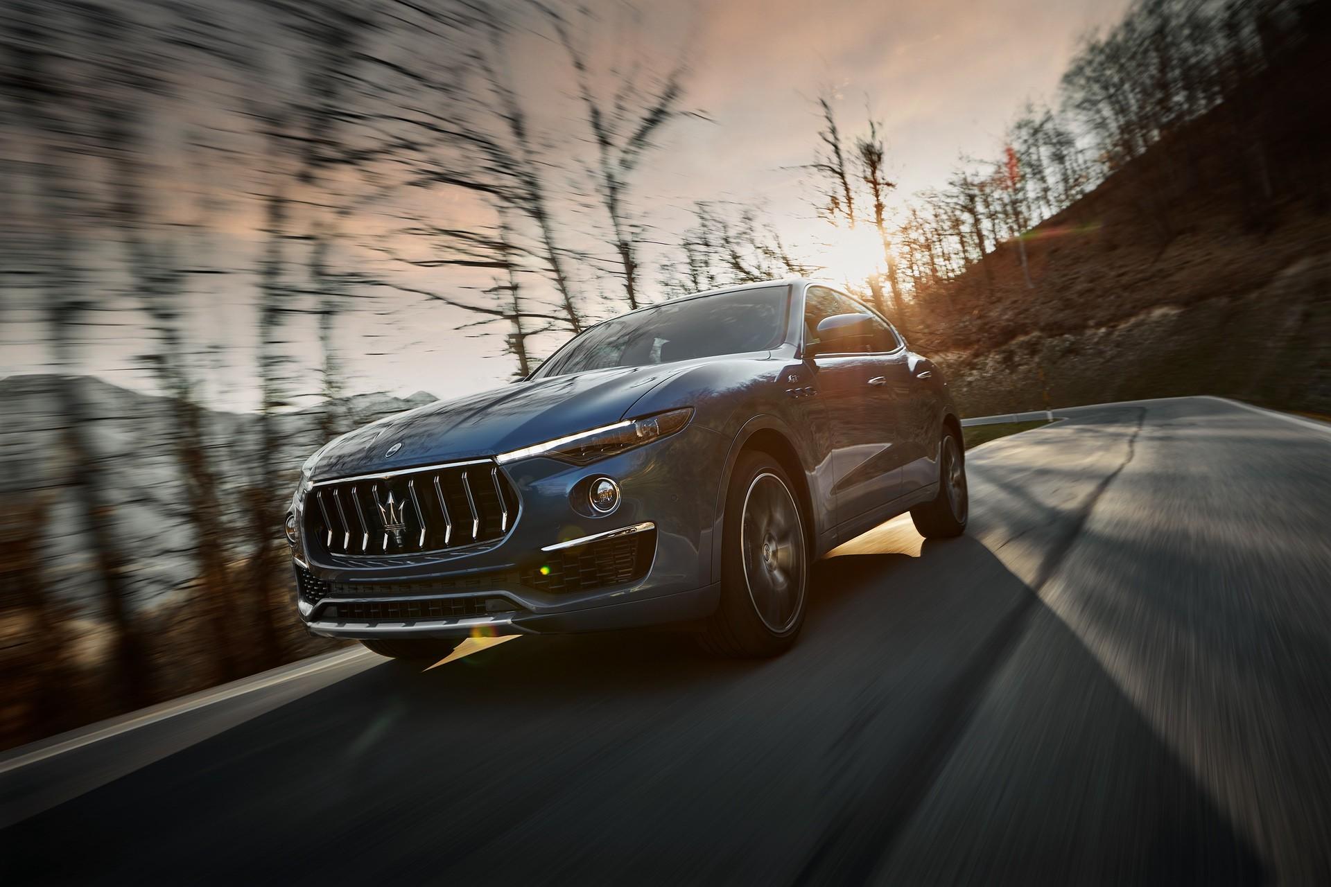 2022_Maserati_Levante_Hybrid-0014