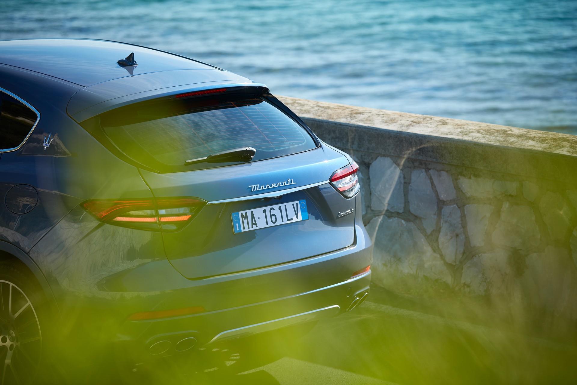 2022_Maserati_Levante_Hybrid-0018