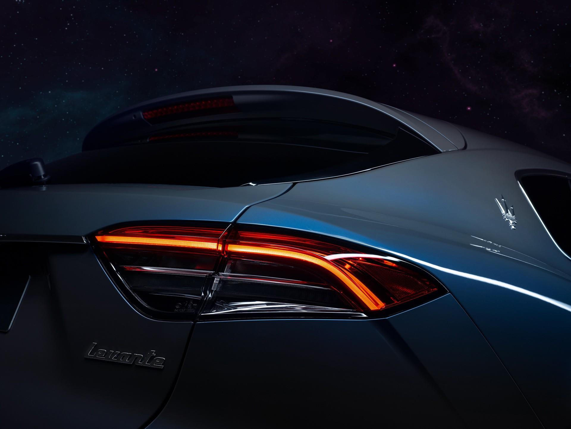 2022_Maserati_Levante_Hybrid-0023