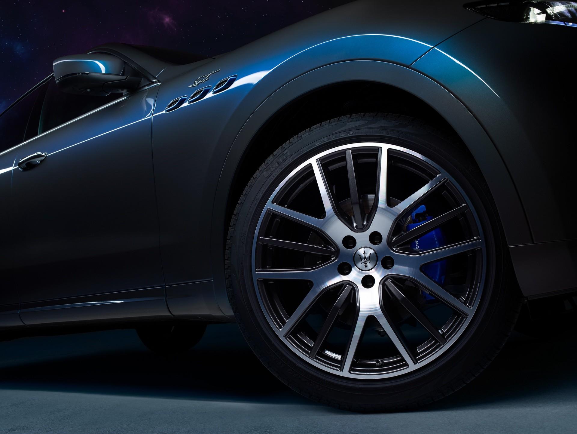 2022_Maserati_Levante_Hybrid-0027