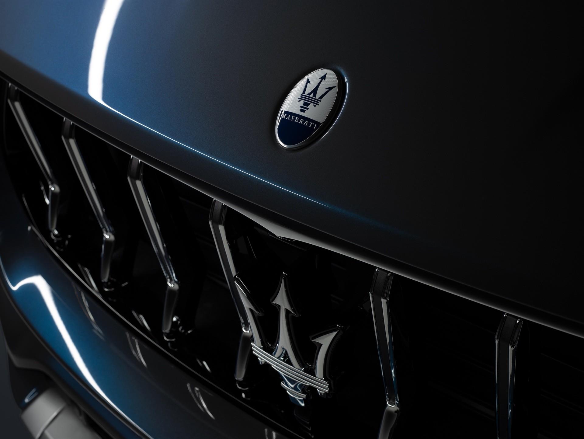 2022_Maserati_Levante_Hybrid-0030