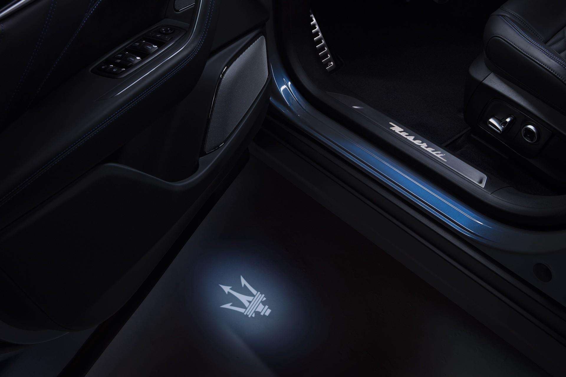 2022_Maserati_Levante_Hybrid-0032