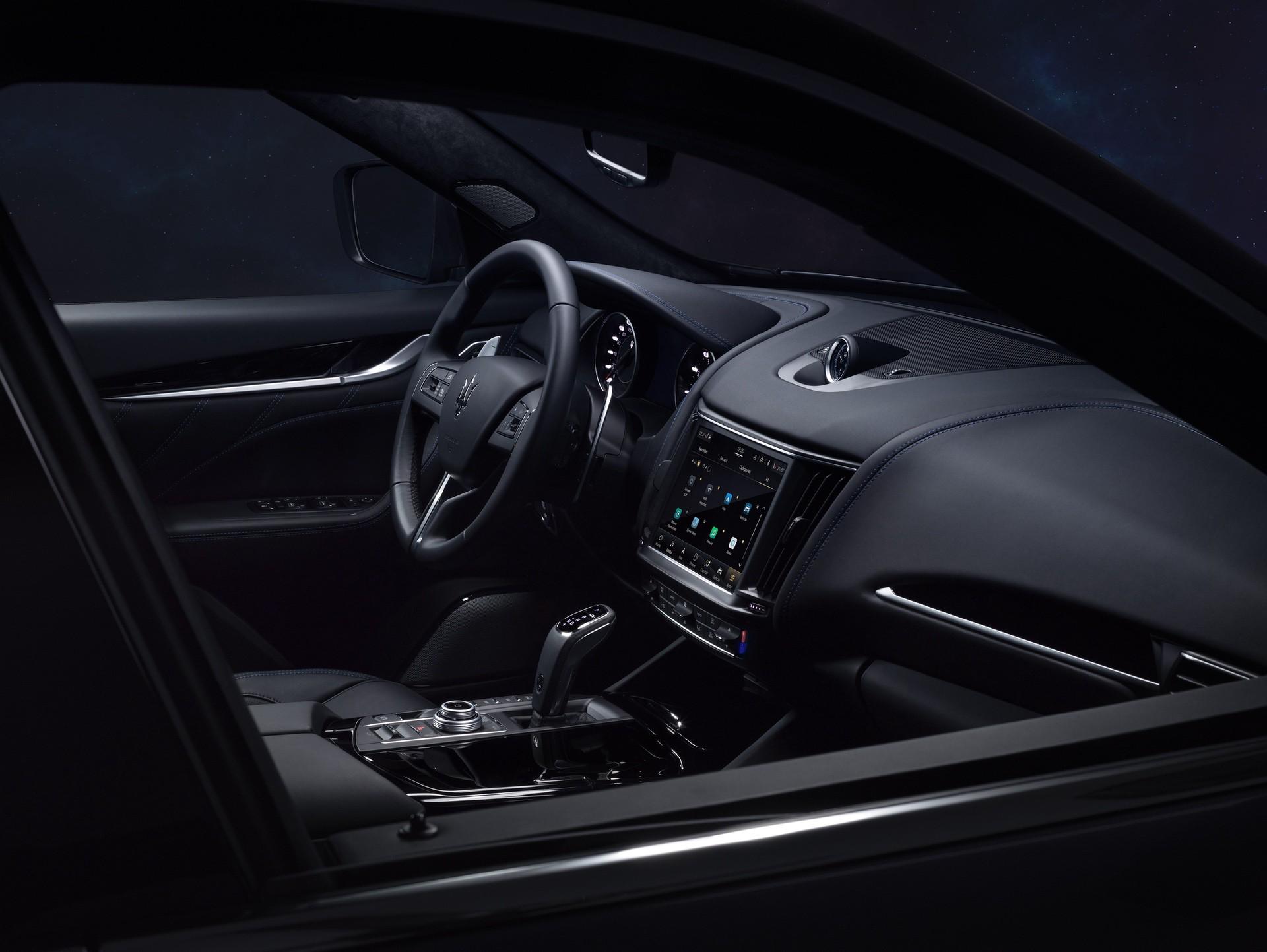 2022_Maserati_Levante_Hybrid-0034