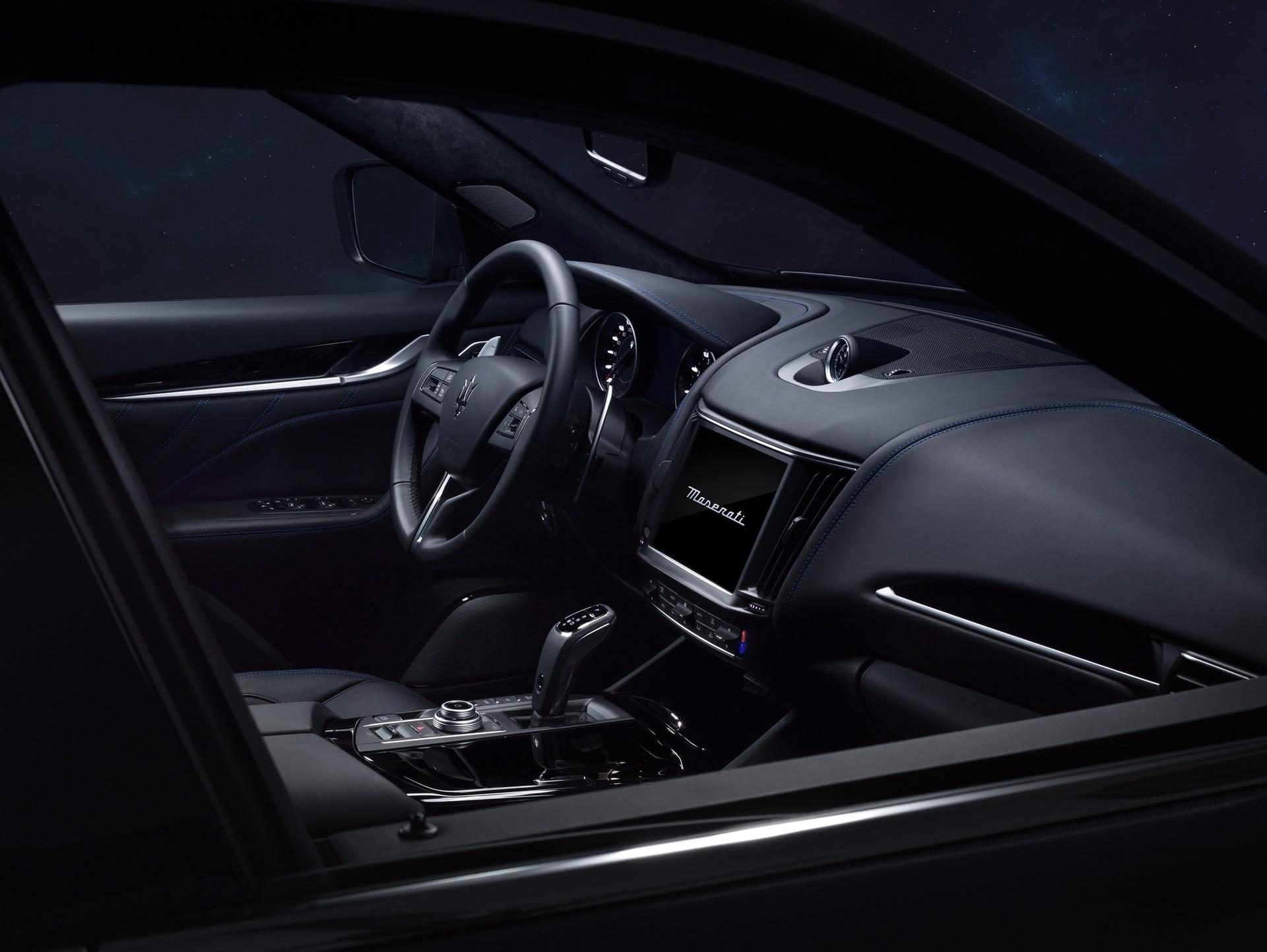 2022_Maserati_Levante_Hybrid-0037