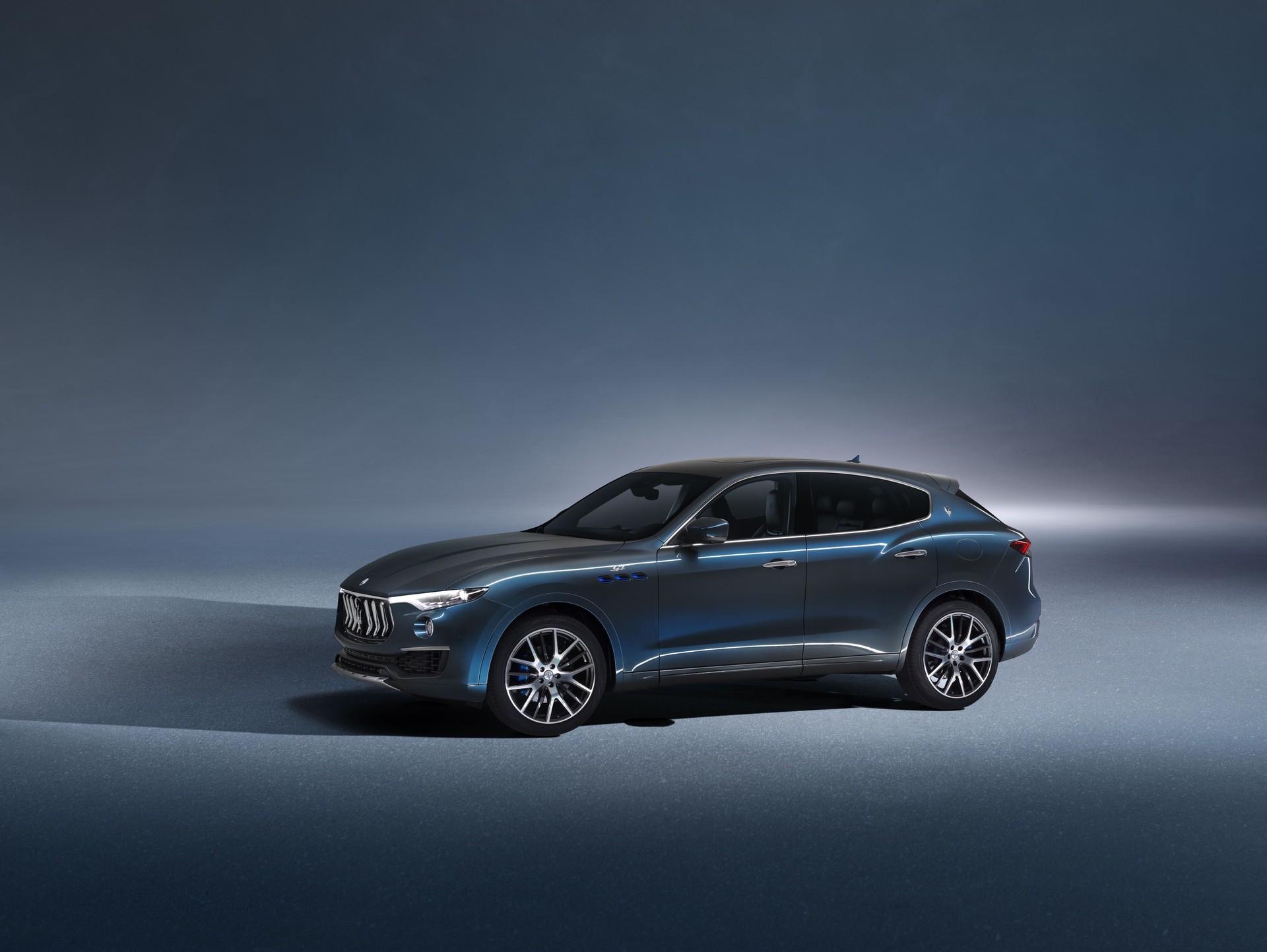 2022_Maserati_Levante_Hybrid-0039